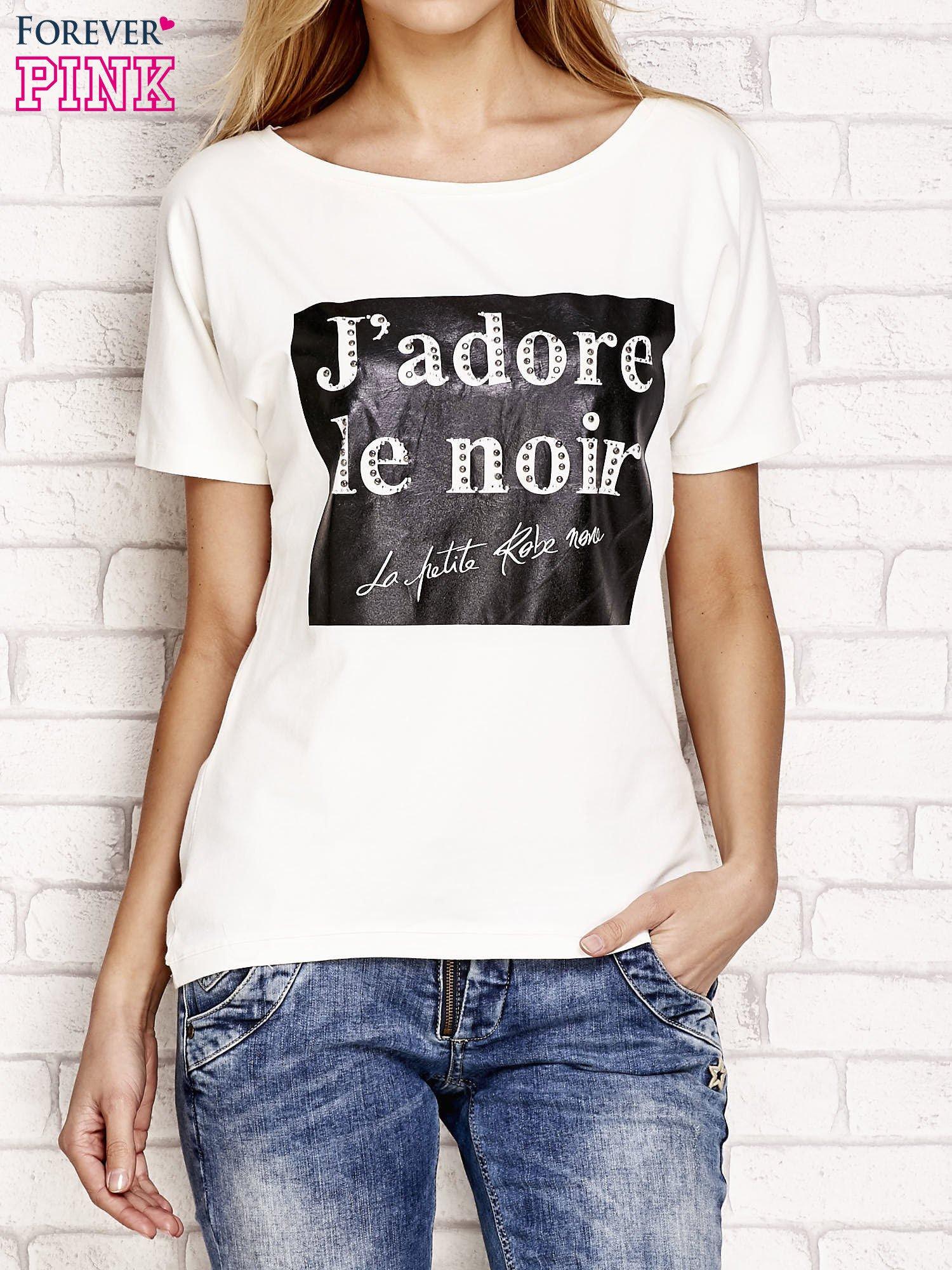 Ecru t-shirt z napisem J'ADORE LE NOIR                                  zdj.                                  1