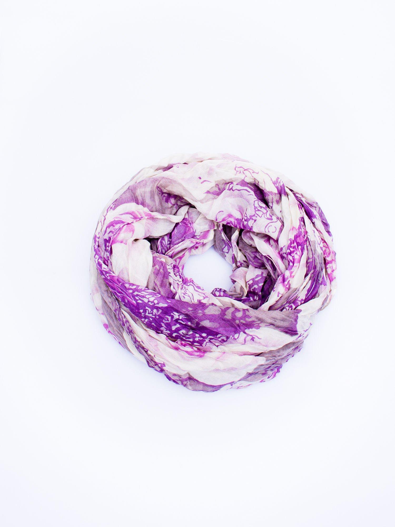 Fioletowa chusta w kwiaty                                  zdj.                                  2