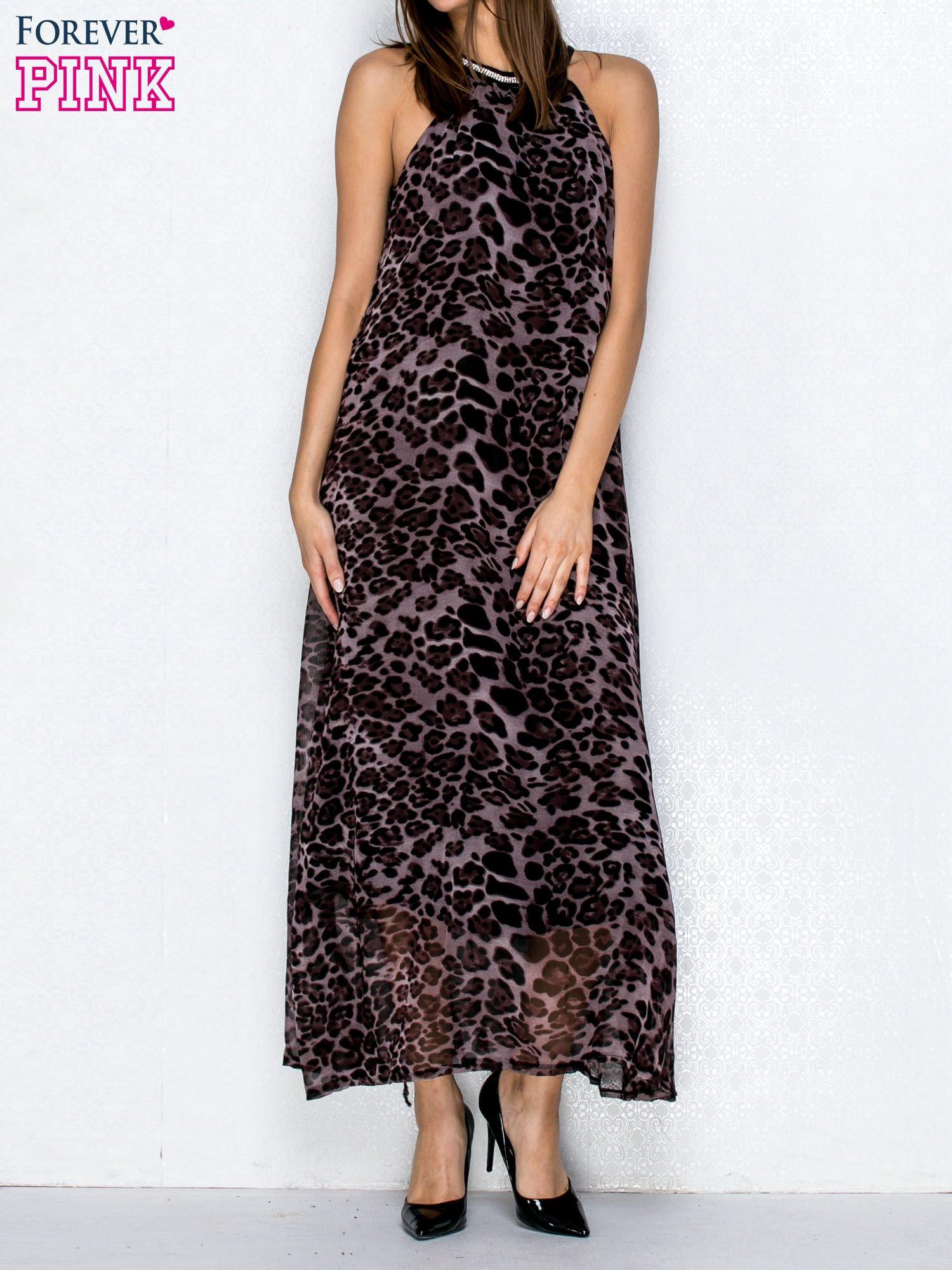 Fioletowa sukienka maxi w panterę z biżuteryjnym dekoltem                                  zdj.                                  1