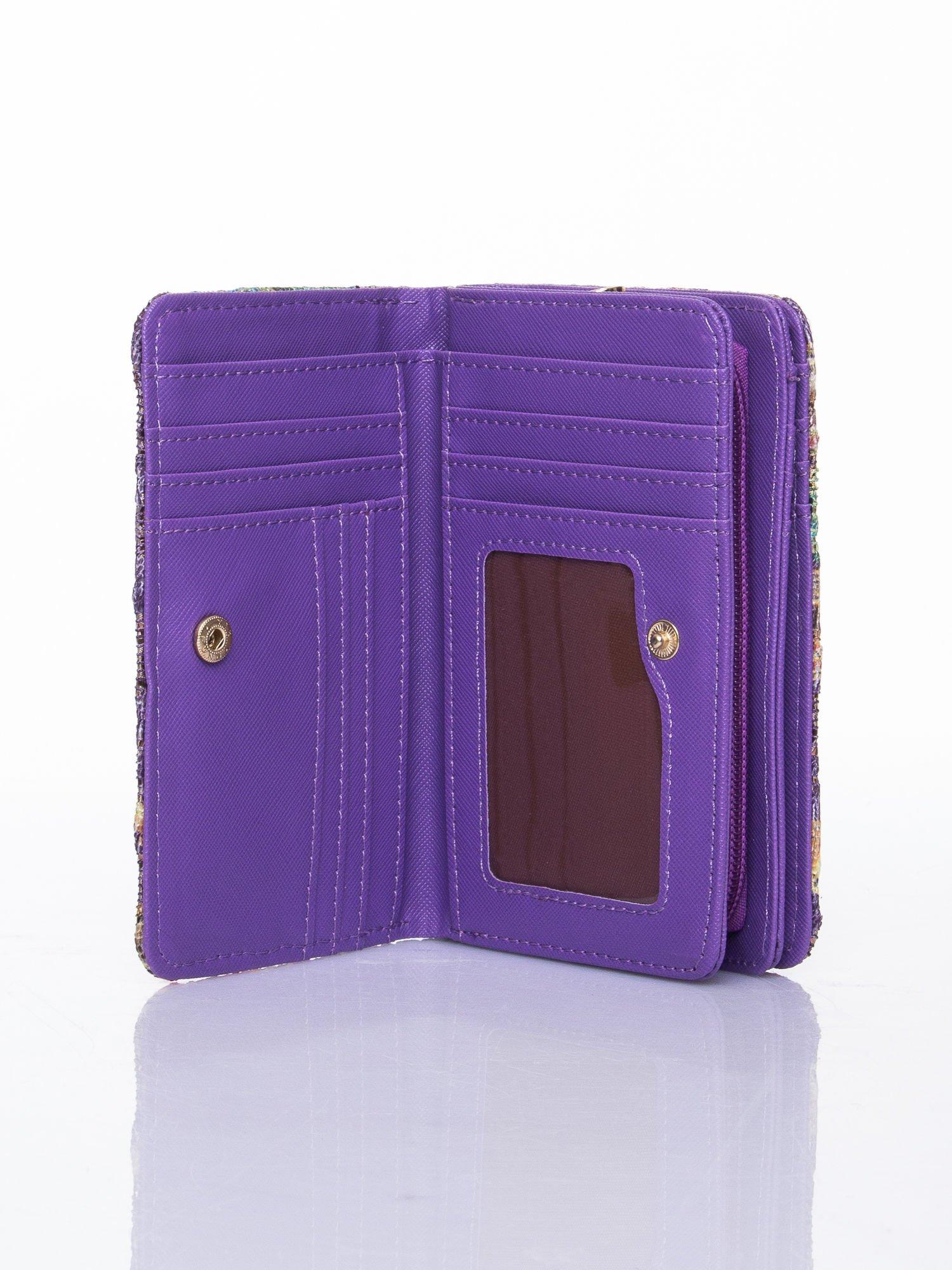 Fioletowy portfel z kwiatowymi motywami                                  zdj.                                  4