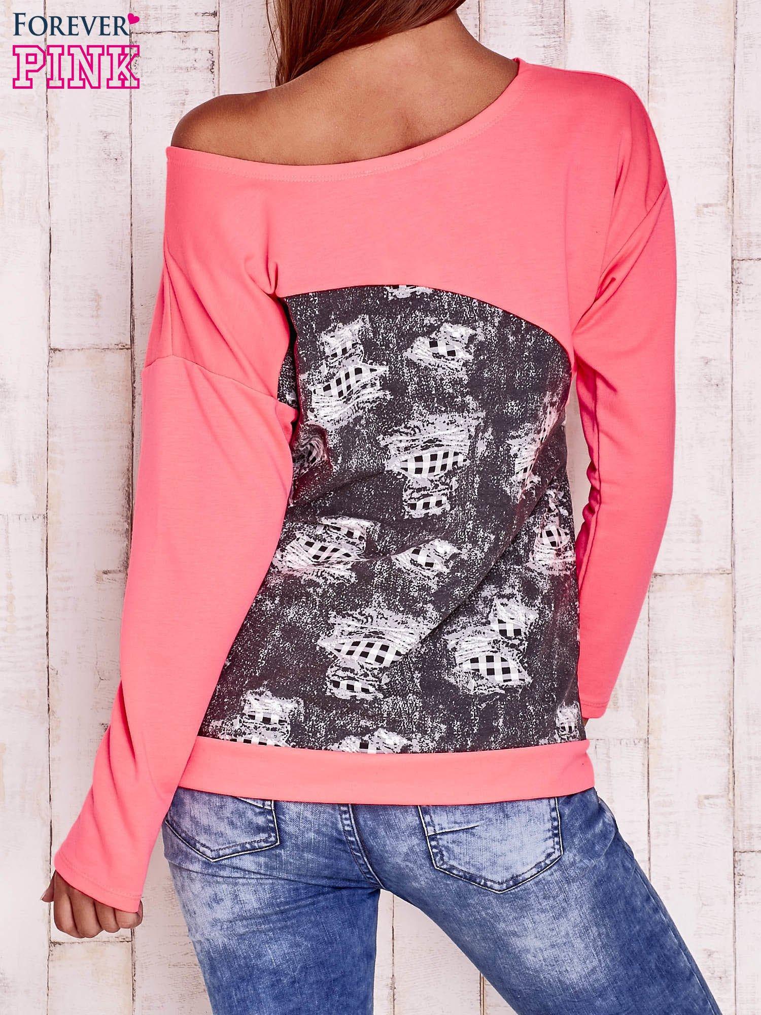 Fluoróżowa bluza oversize z szarą wstawką                                  zdj.                                  4