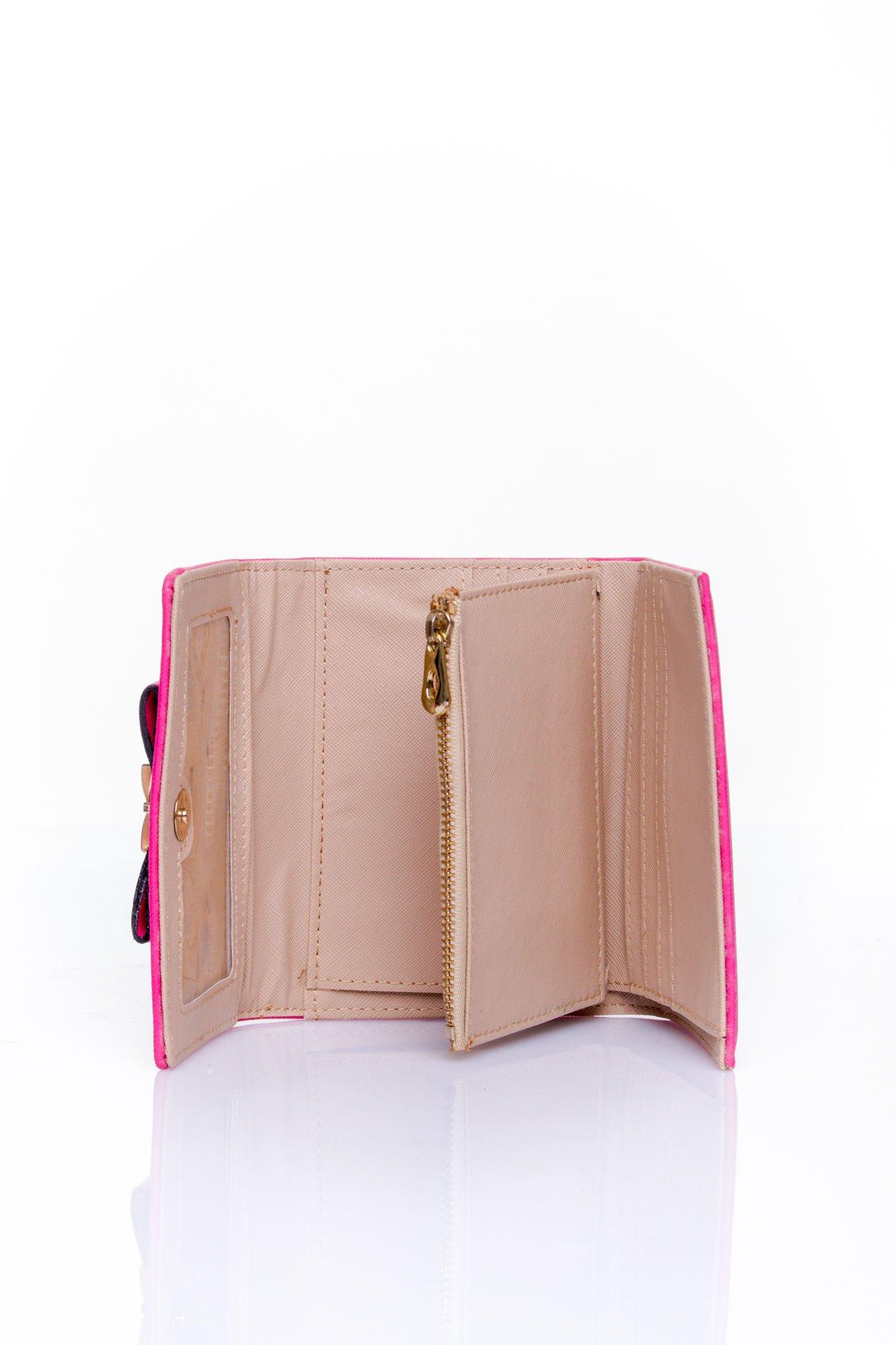 Fuksjowy portfel z kokardką                                  zdj.                                  5