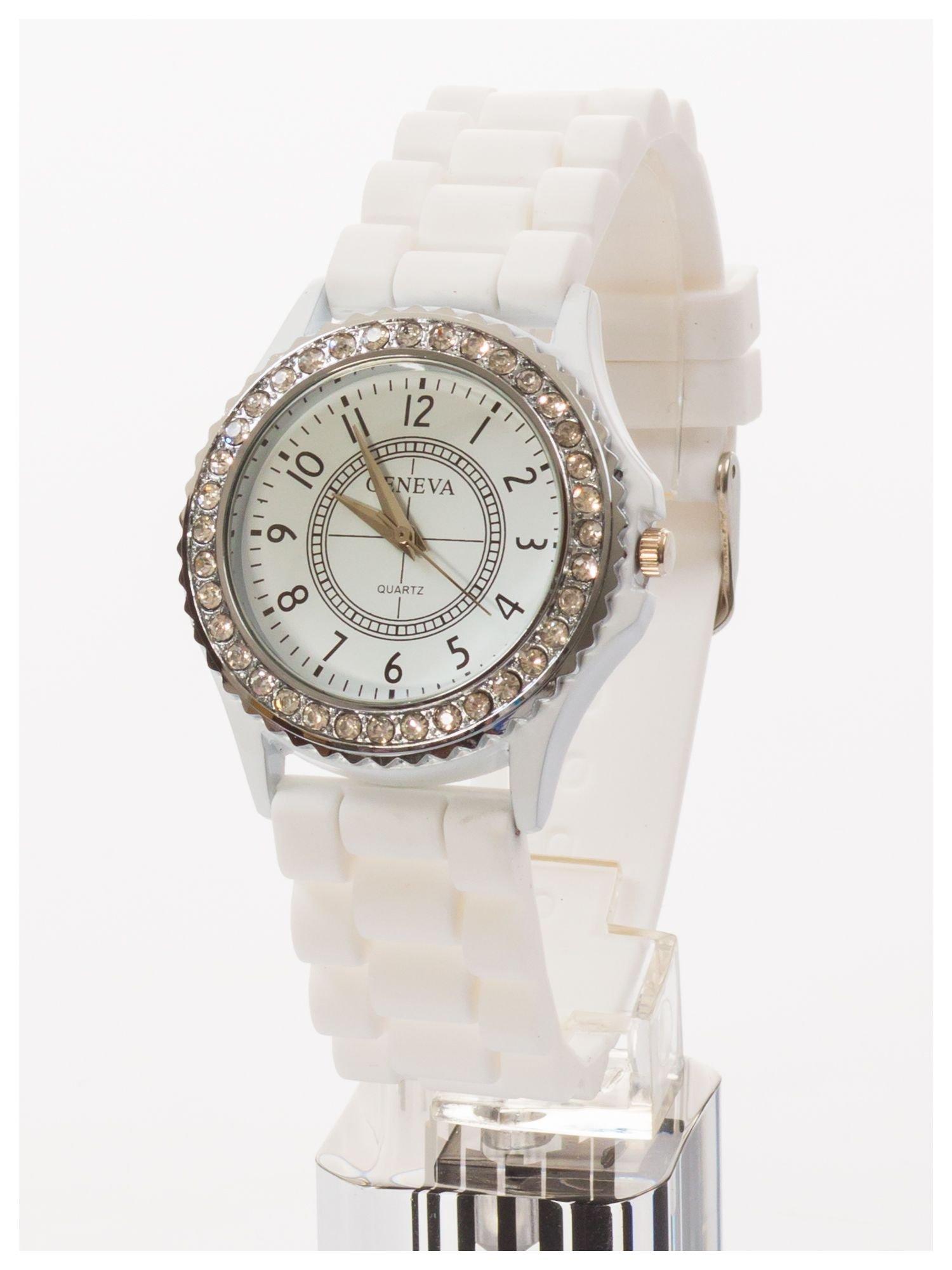 GENEVA Biały zegarek damski z cyrkoniami na silikonowym pasku                                  zdj.                                  2