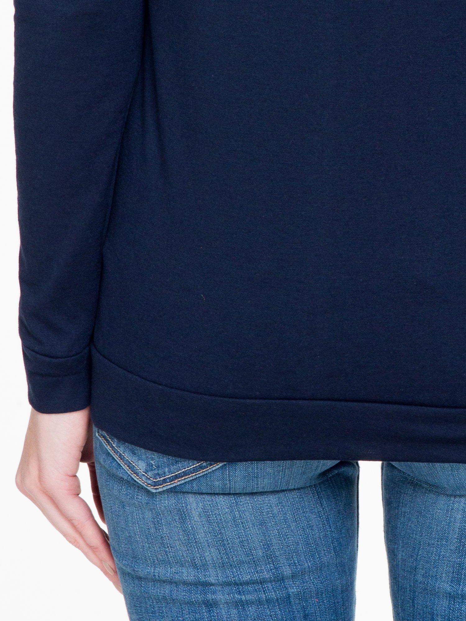 Granatowa bawełniana bluzka z rękawami typu reglan                                  zdj.                                  8