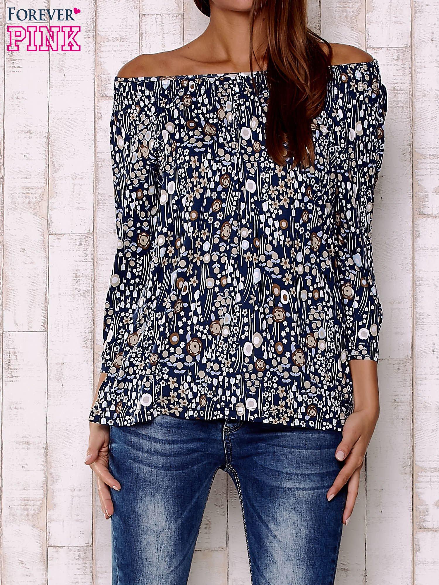 Granatowa bluzka z motywem floral print                                  zdj.                                  1
