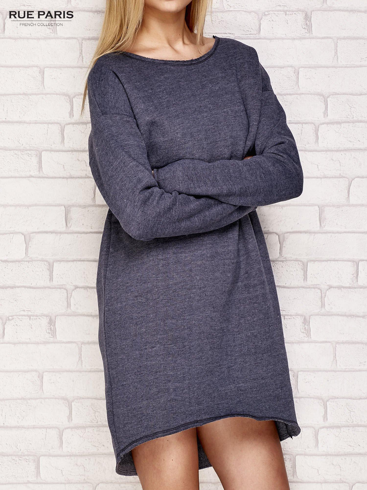 Granatowa dresowa sukienka z luźnymi rękawami                                  zdj.                                  3
