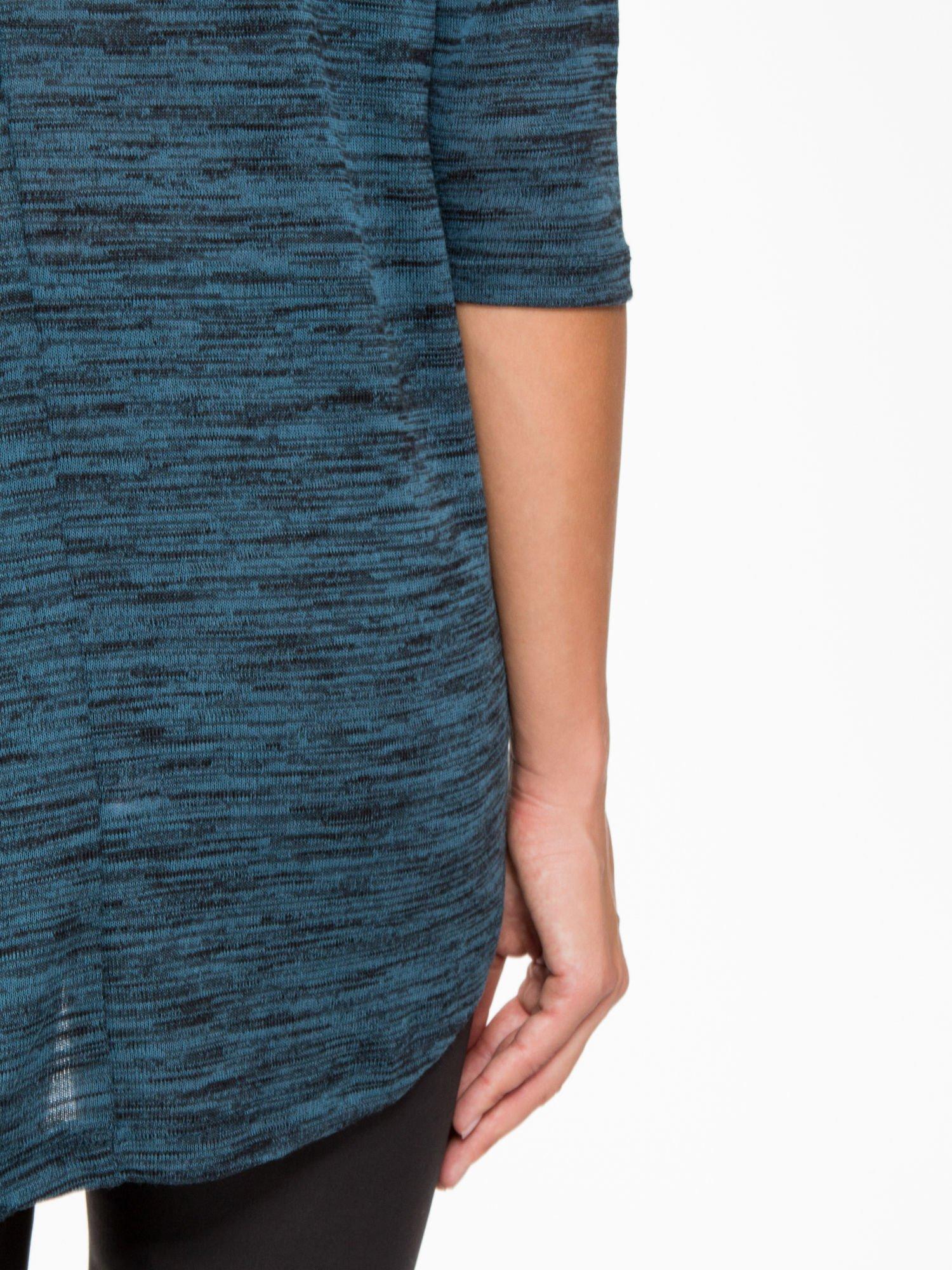 Granatowa melanżowa bluzka o obniżonej linii ramion                                  zdj.                                  9