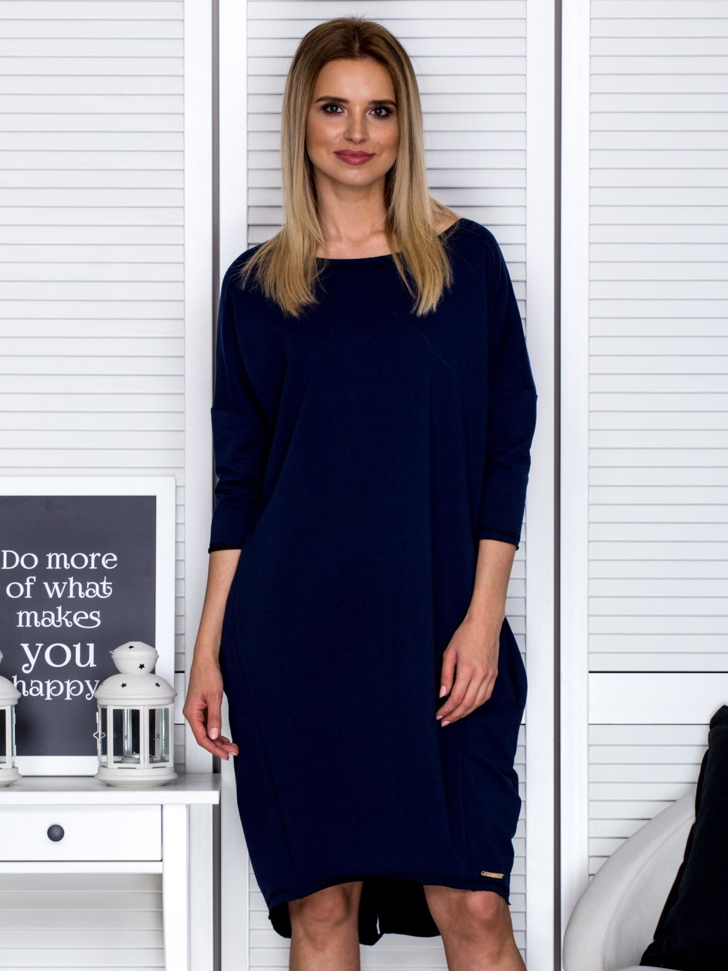 0bff0844b7 Granatowa sukienka oversize z kieszeniami - Sukienka dzianinowa - sklep  eButik.pl