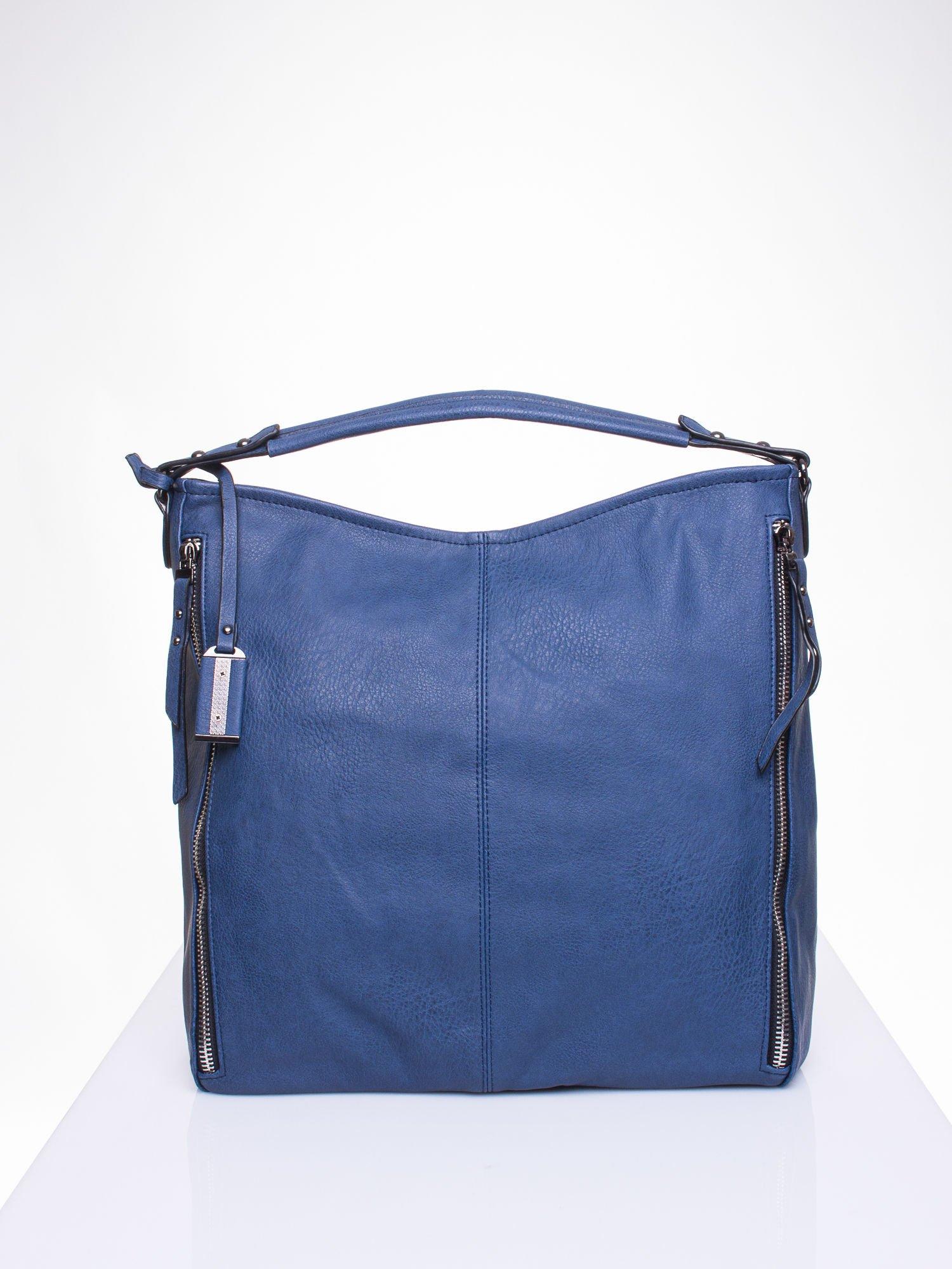 Granatowa torba hobo z suwakami po bokach                                  zdj.                                  2