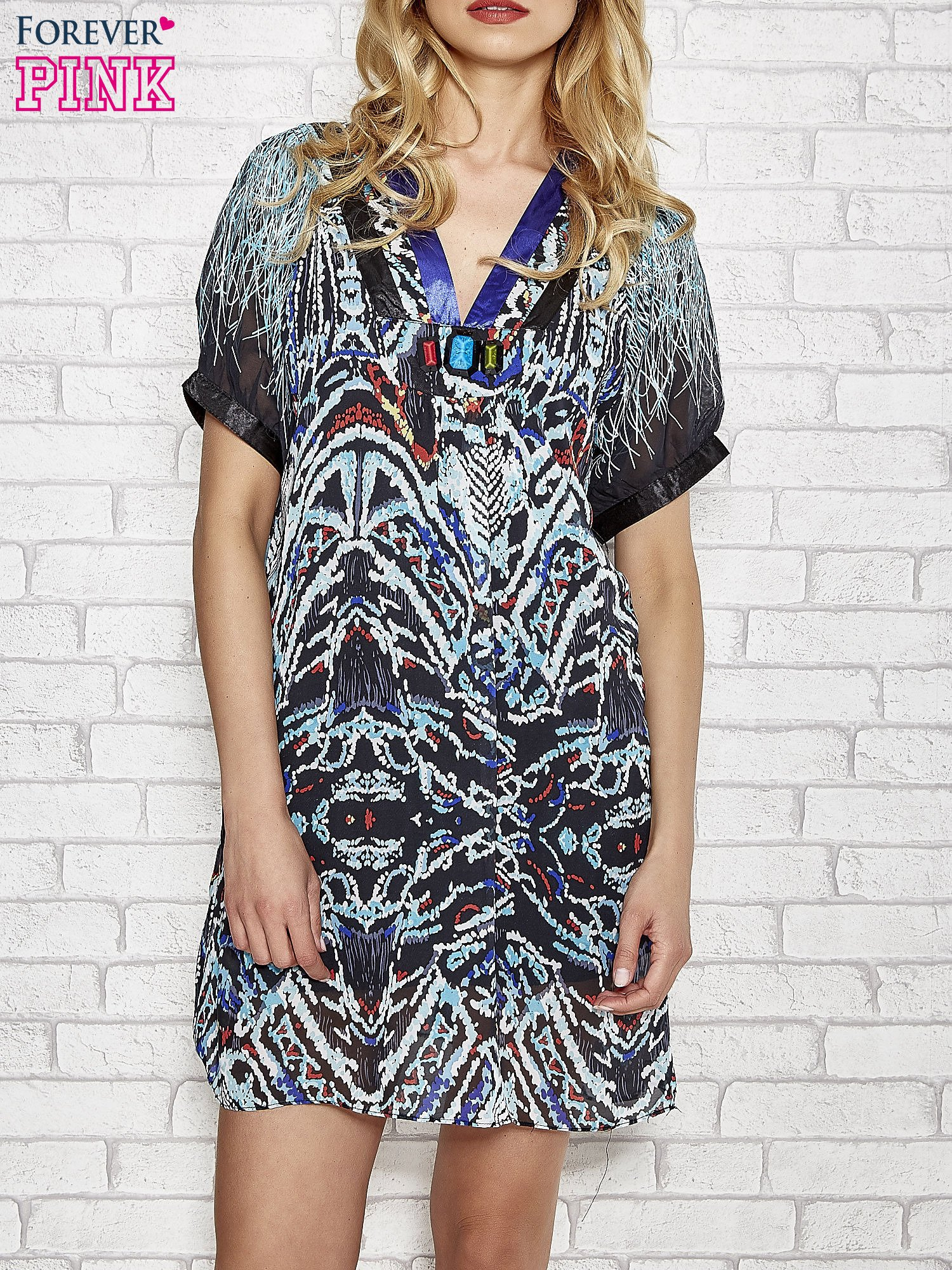 Granatowa wzorzysta sukienka z kamieniami                                  zdj.                                  1