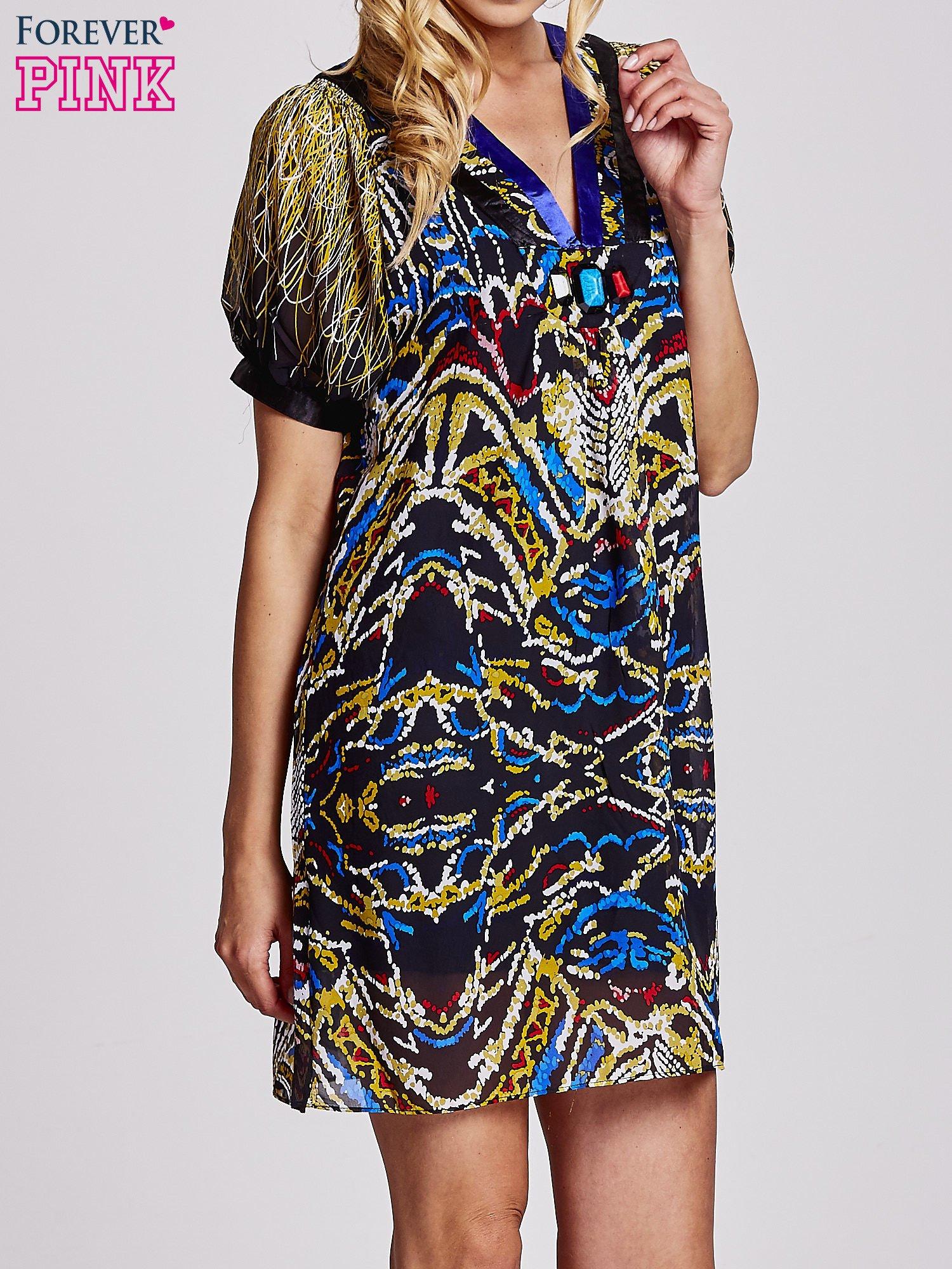 Granatowa  wzorzysta sukienka z kamieniami                                  zdj.                                  3