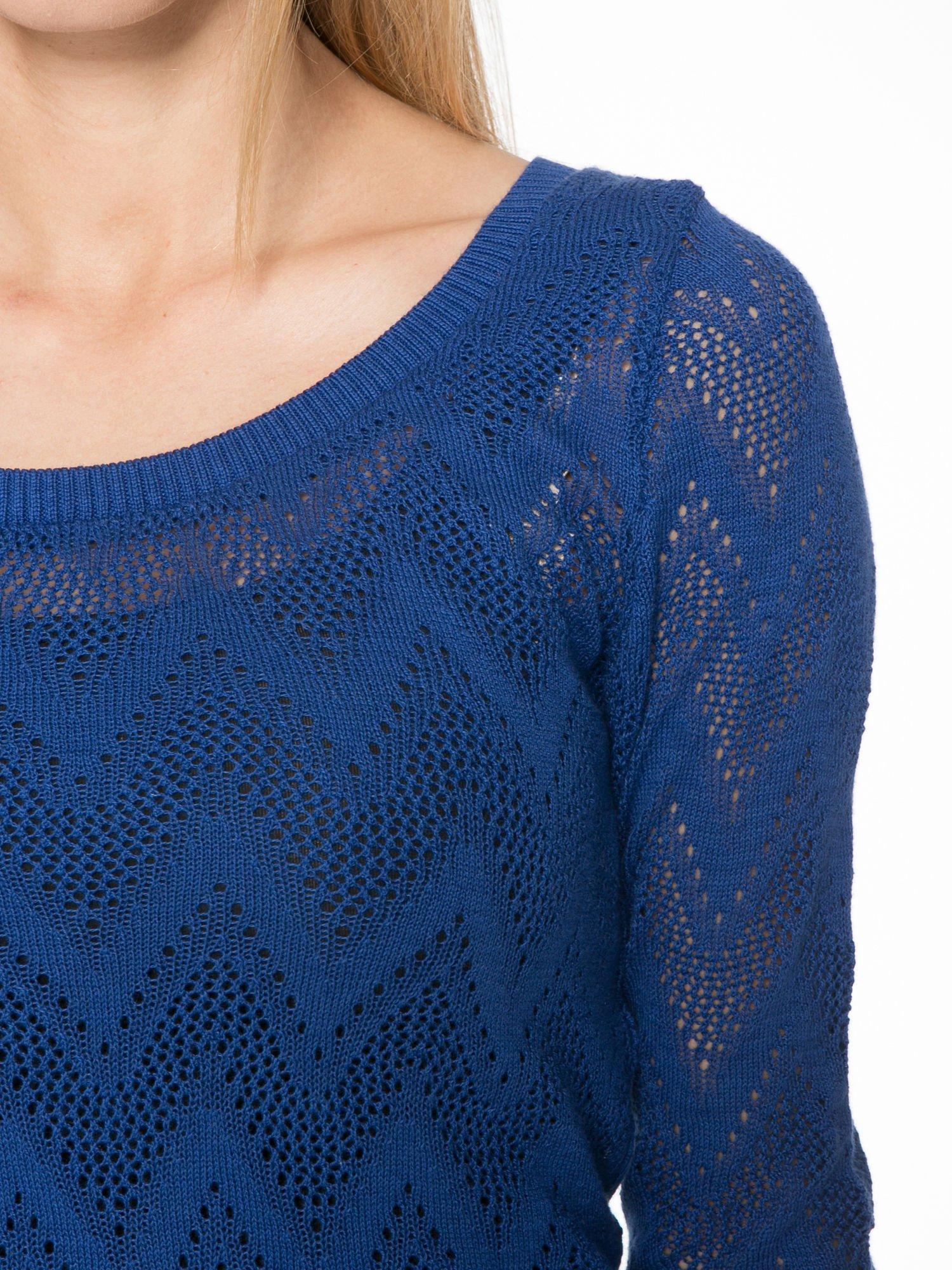 Granatowy ażurowy sweterek z rękawem 3/4                                  zdj.                                  5