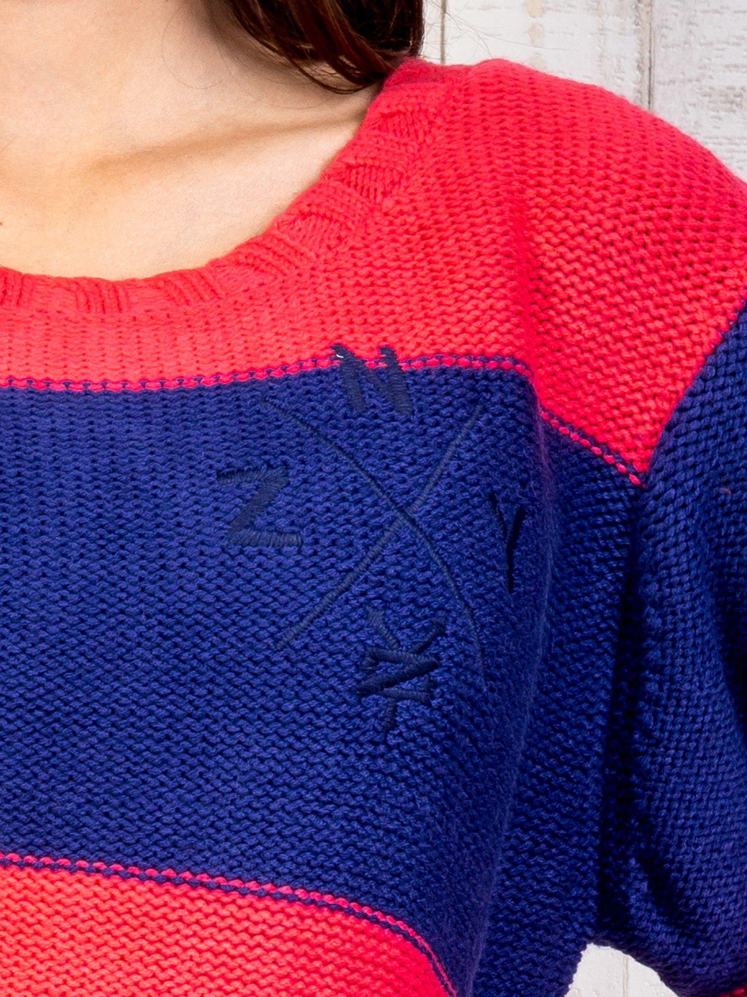 Granatowy sweter w pasy                                   zdj.                                  6