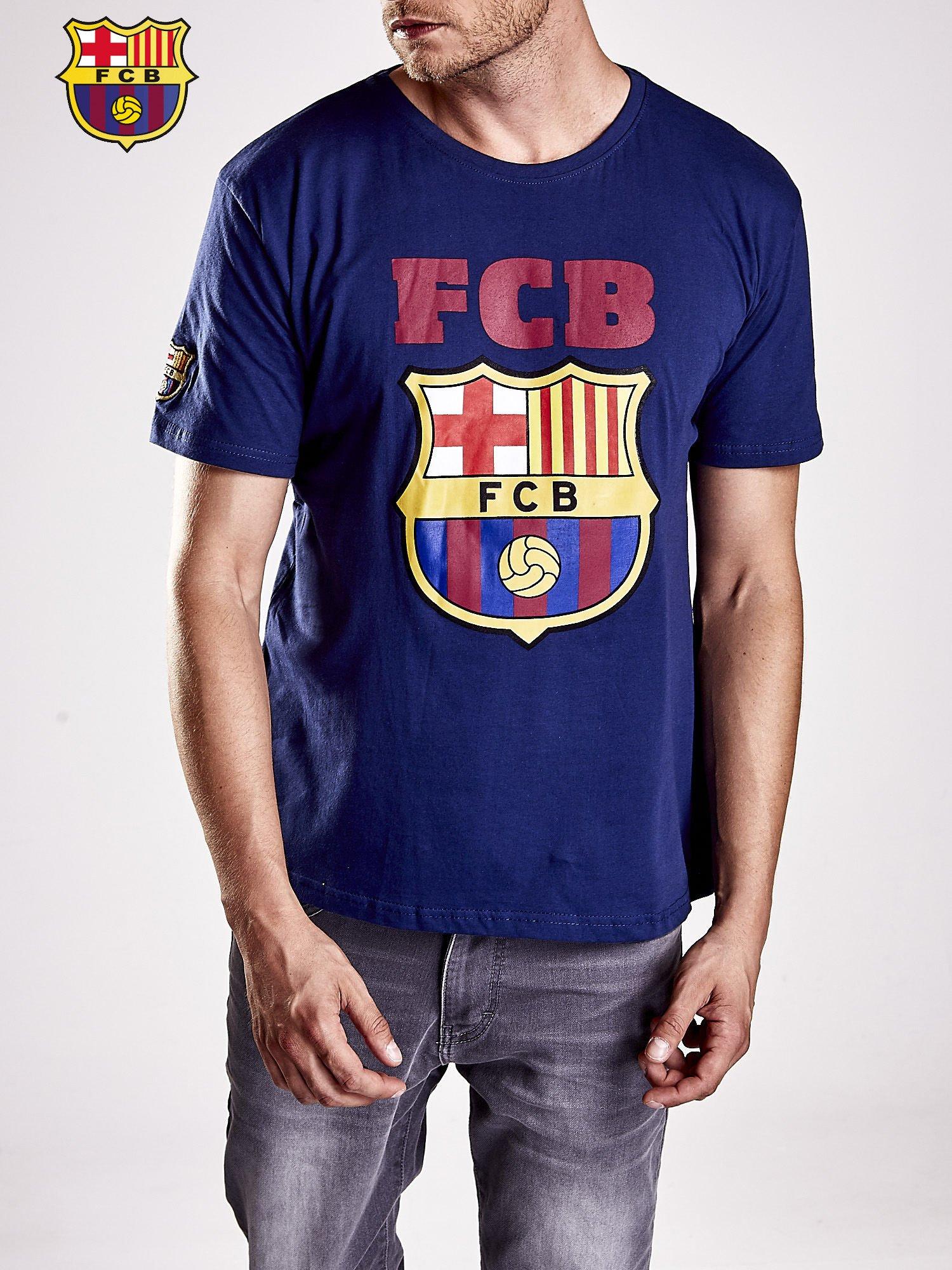 Granatowy t-shirt męski z motywem FC BARCELONA                                  zdj.                                  5
