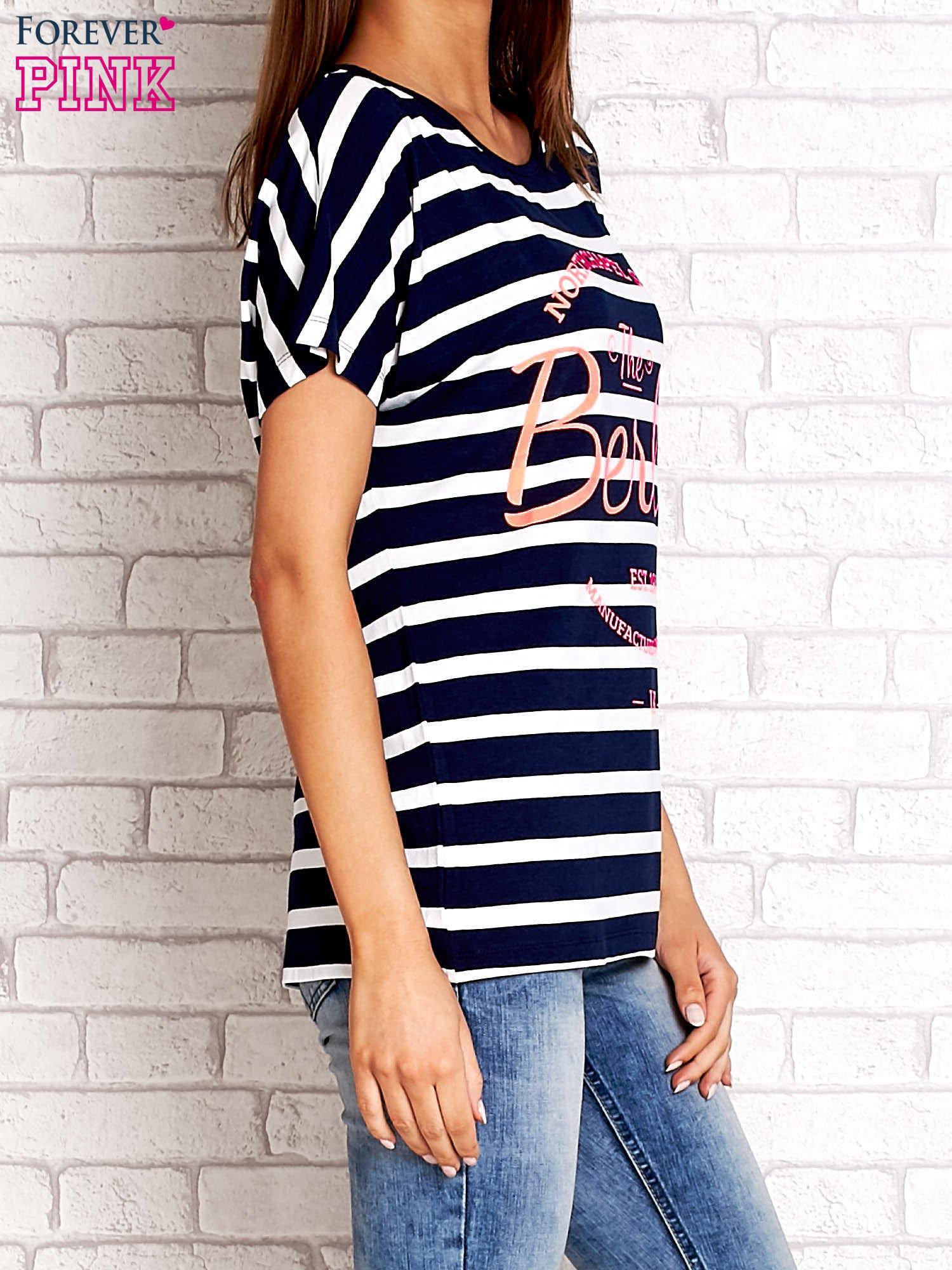 Granatowy t-shirt w białe paski z napisem NORTH CHAPEL STREET                                  zdj.                                  3