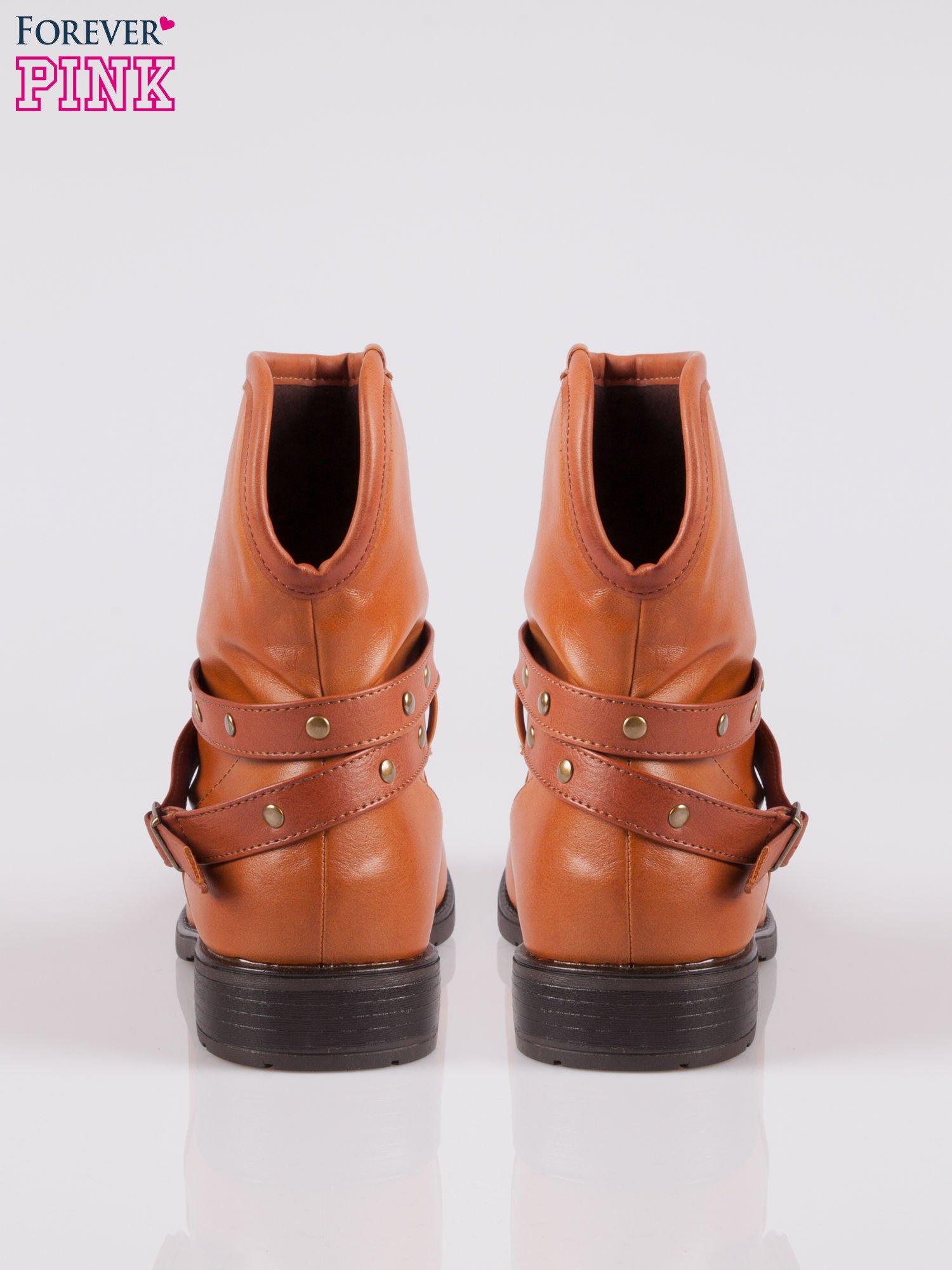 Jasnobrązowe botki w stylu biker boots                                  zdj.                                  3
