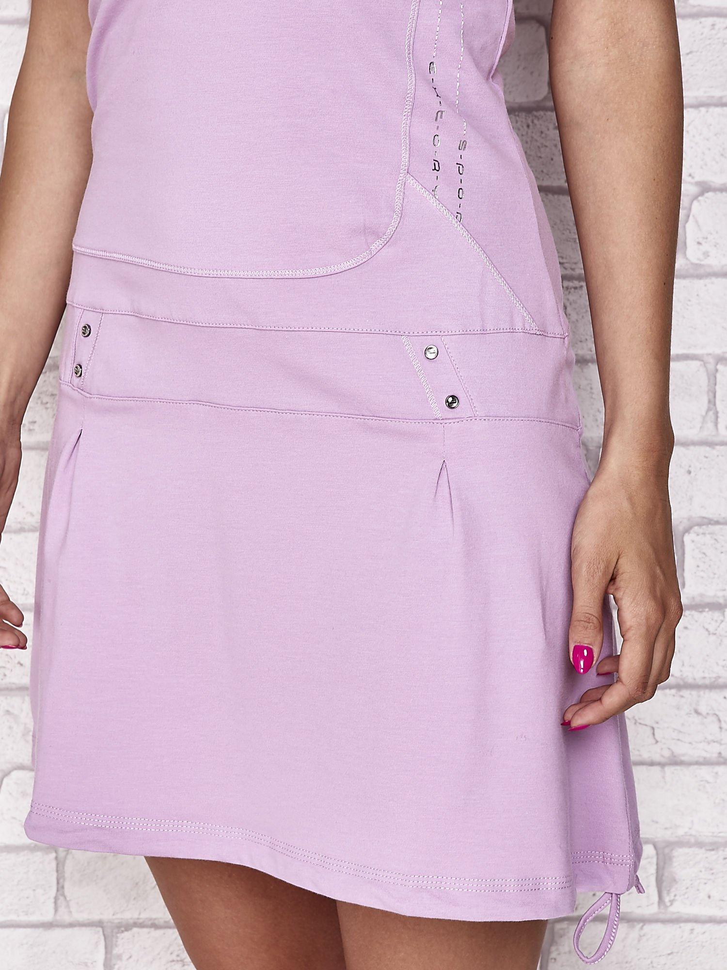 Jasnofioletowa trapezowa sukienka sportowa                                   zdj.                                  5