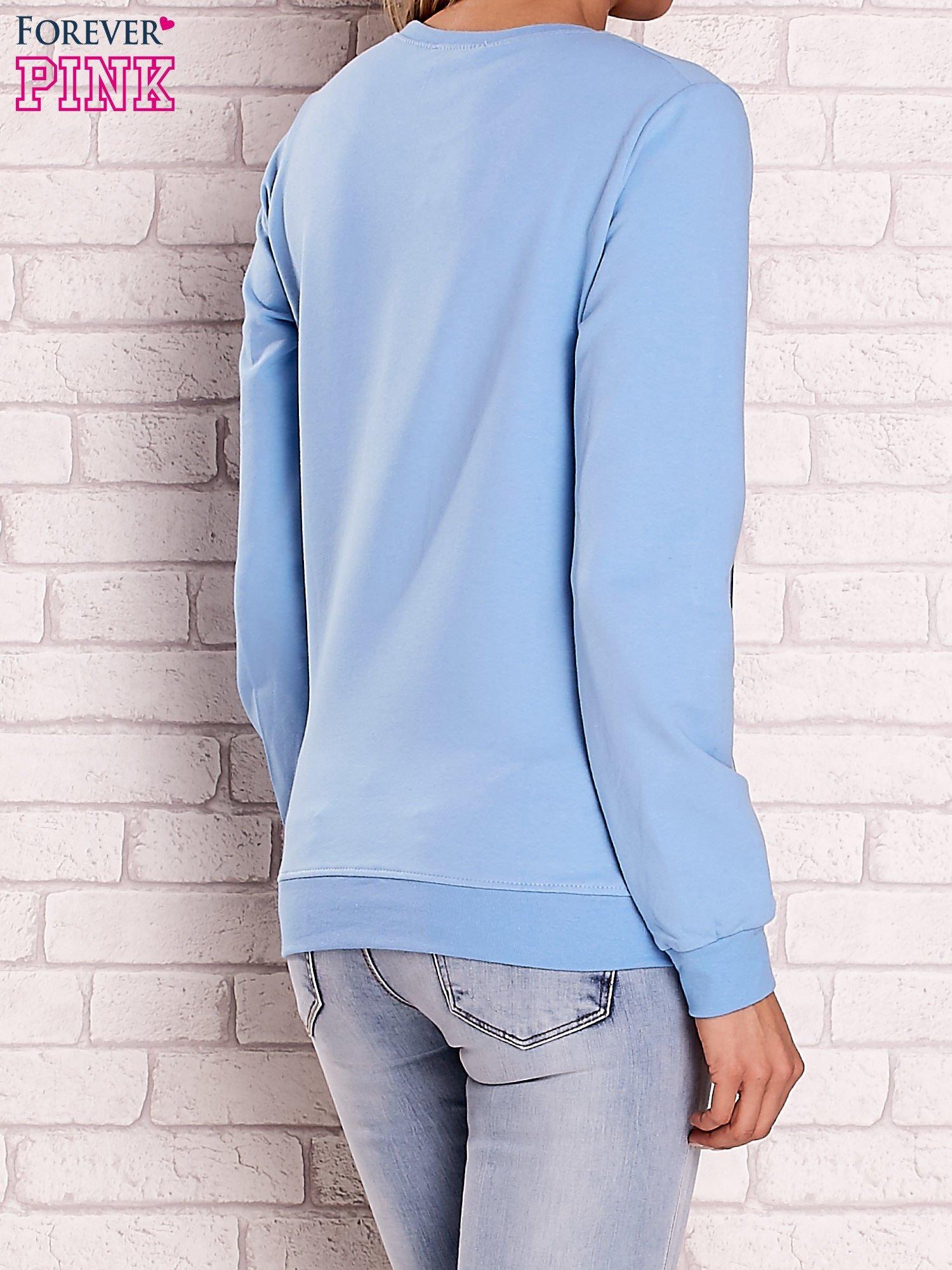 Jasnoniebieska bluza z napisem BOSTON 83                                  zdj.                                  2
