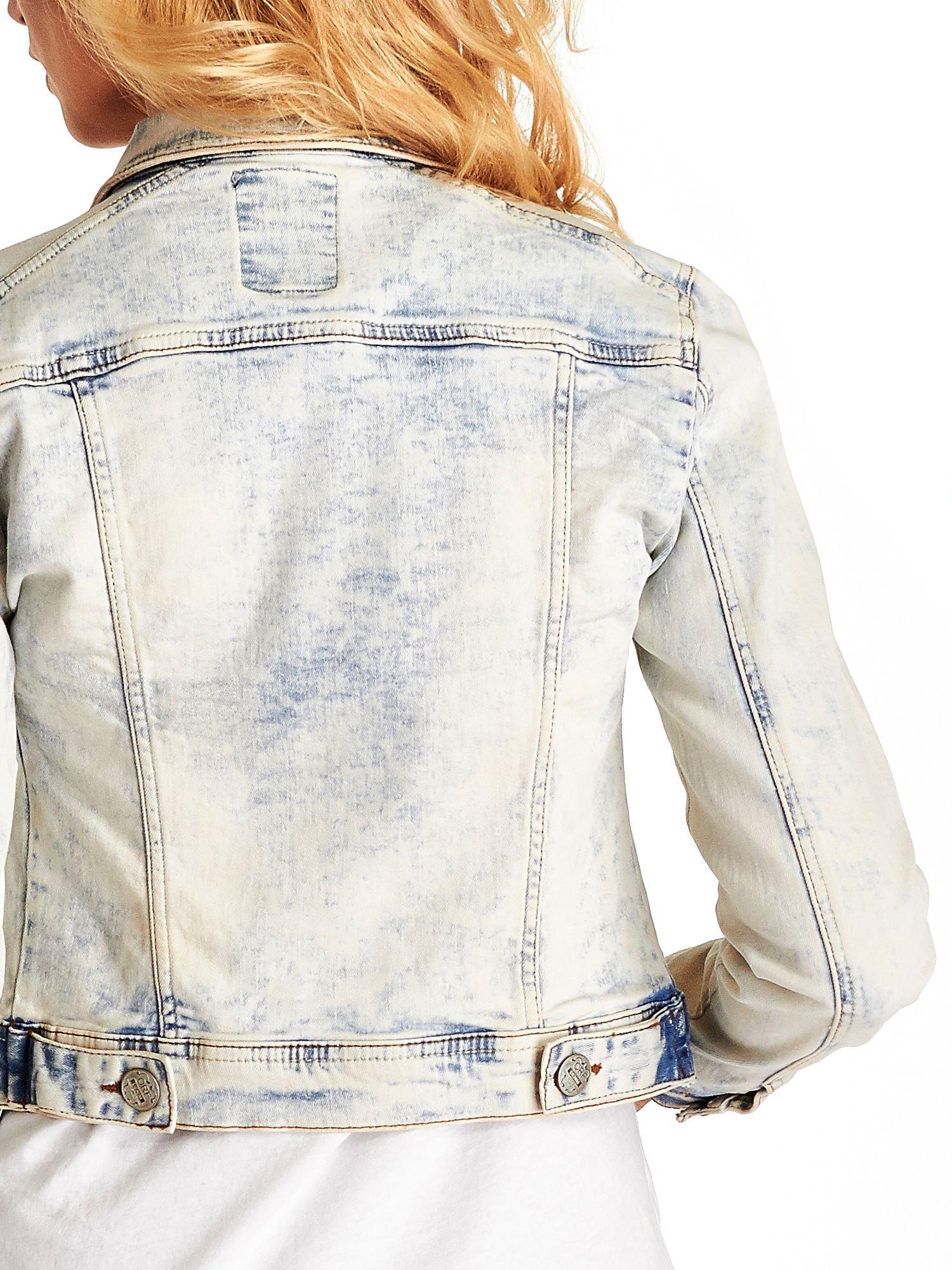 Jasnoniebieska kurtka jeansowa damska marmurkowa Jasnoniebieska kurtka jeansowa damska marmurkowa z kieszeniami                                  zdj.                                  6