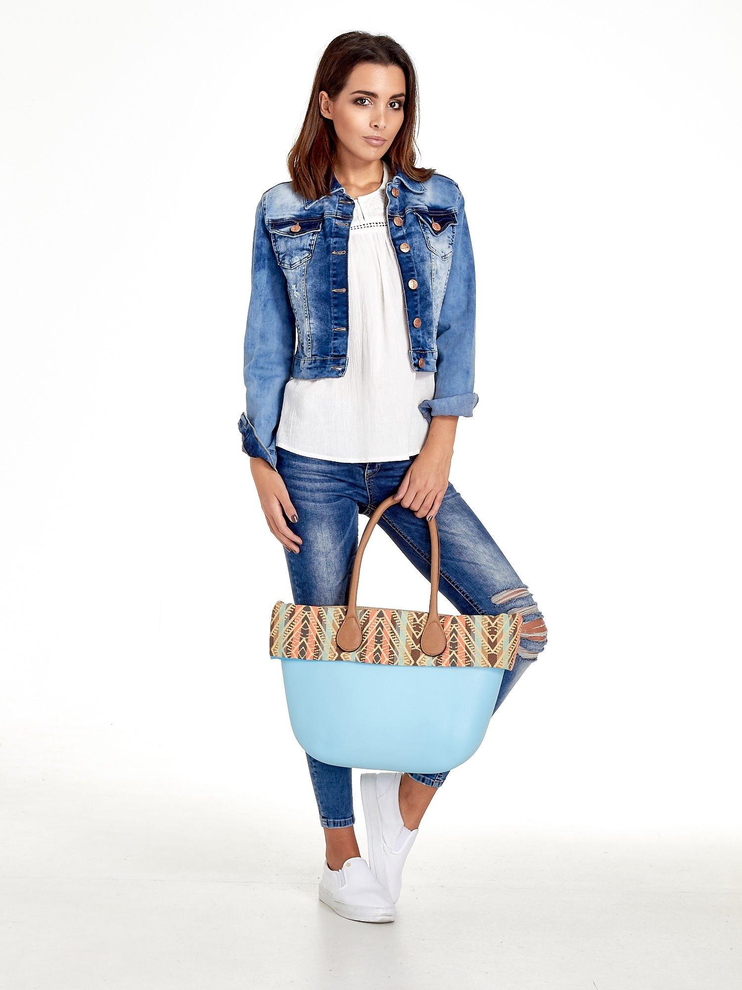 Jasnoniebieska torba gumowa z motywem azteckim                                  zdj.                                  10