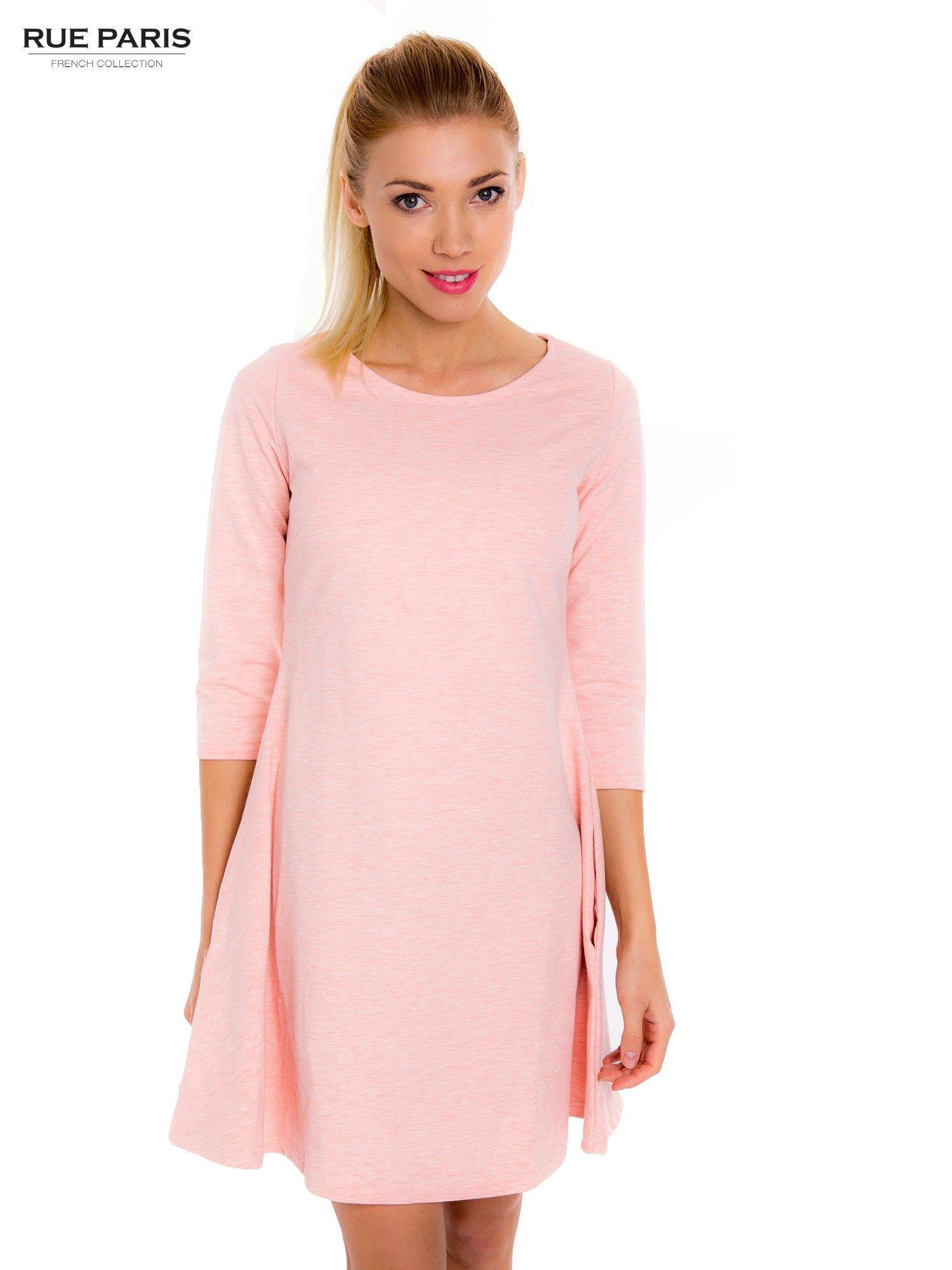 f6da8c0480 Jasnoróżowa sukienka trapezowa z długim rękawem - Sukienka na co ...