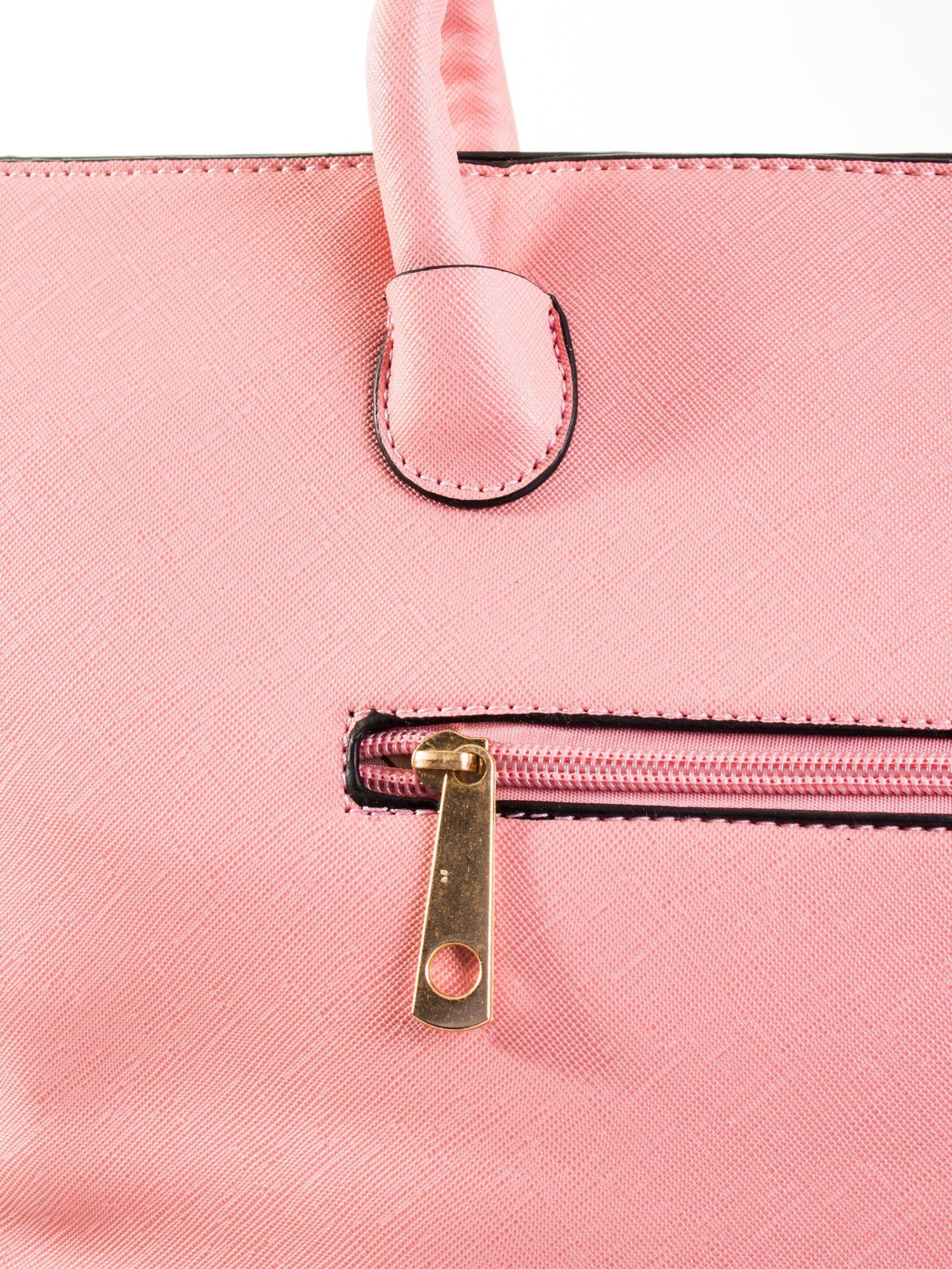Jasnoróżowa torba shopper efekt saffiano                                  zdj.                                  6
