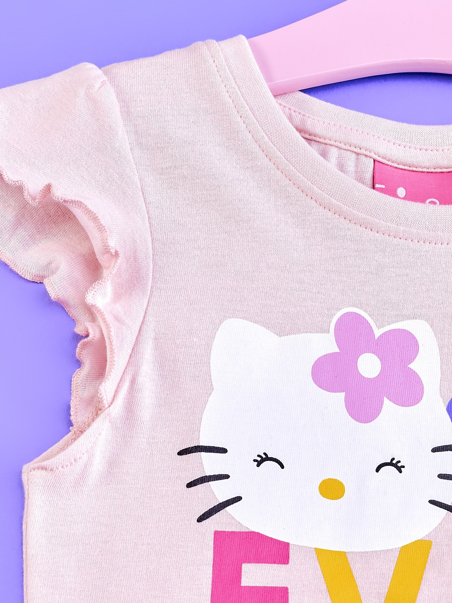 Jasnoróżowa tunika dla dziewczynki z falbankami HELLO KITTY                                   zdj.                                  3