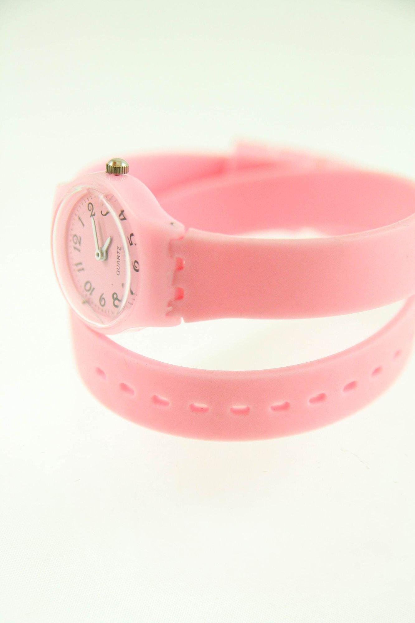 Jasnoróżowy zegarek damski na silikonowym pasku                                  zdj.                                  3