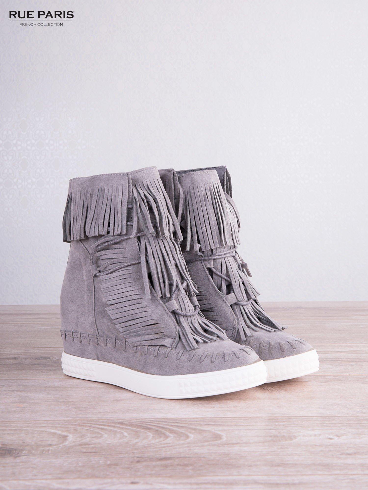 Jasnoszare zamszowe sneakersy Aravia z frędzelkami na koturnach                                  zdj.                                  5