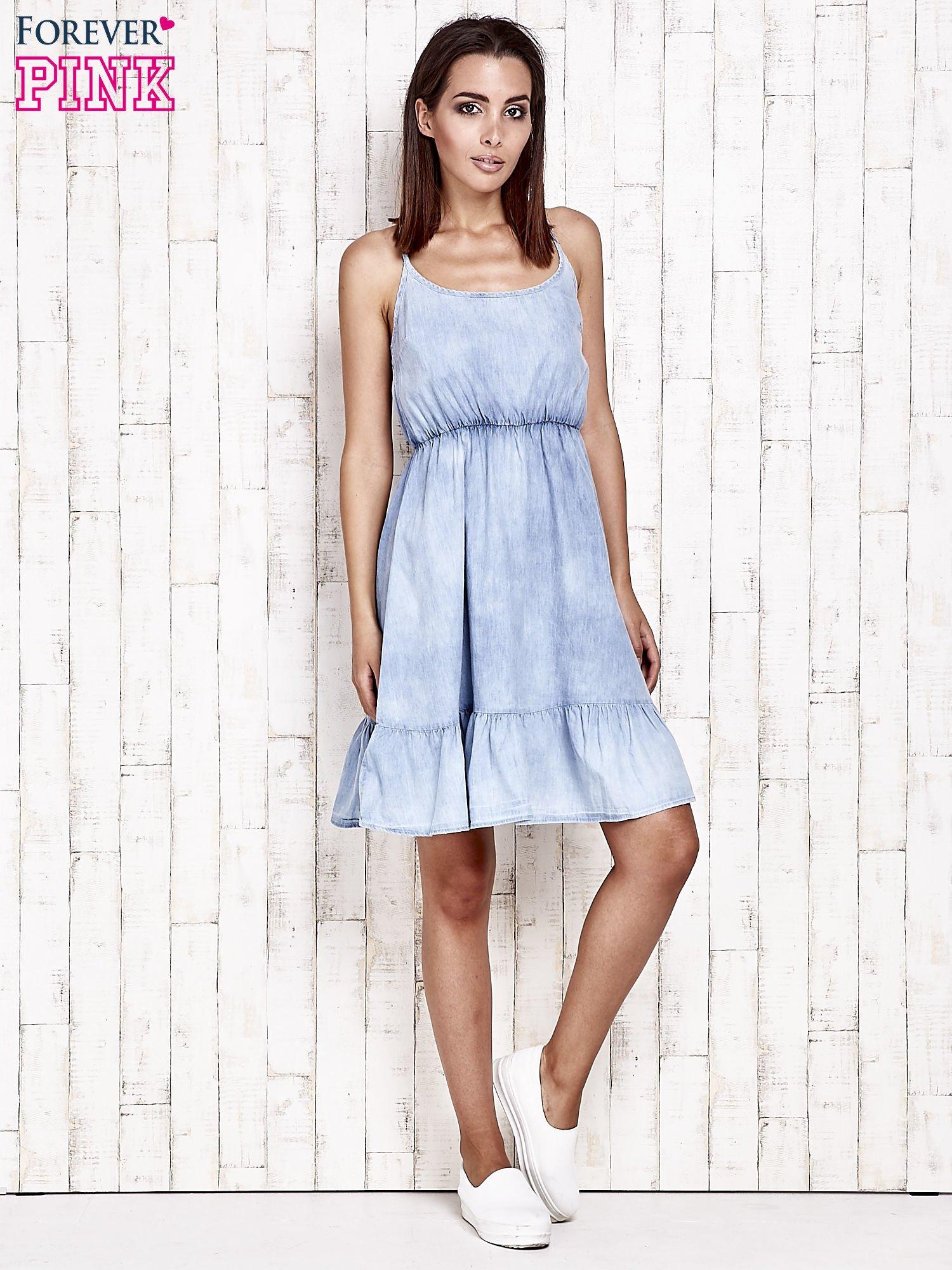 Jeansowa sukienka z falbaną na dole                                  zdj.                                  4