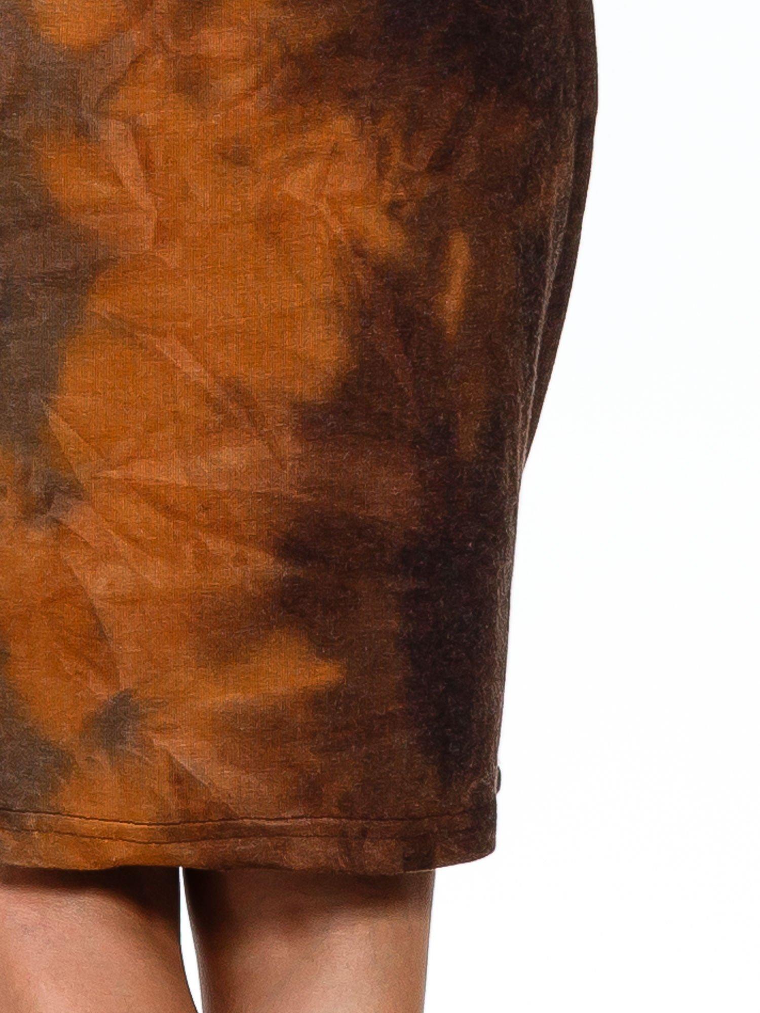 Kawowa sukienka z rękawem 3/4                                  zdj.                                  7