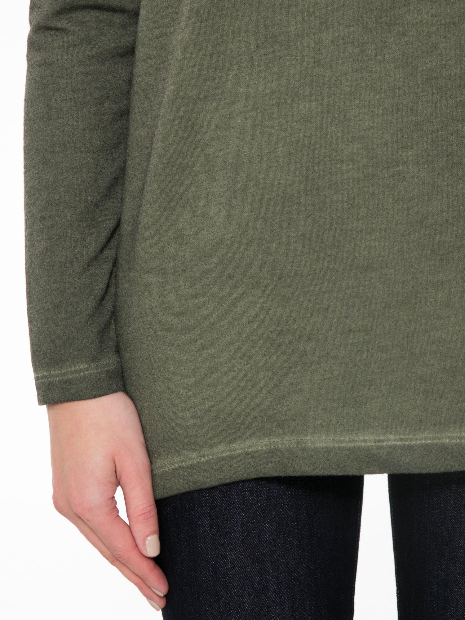 Khaki bluza z koronkową wstawką na plecach                                  zdj.                                  6