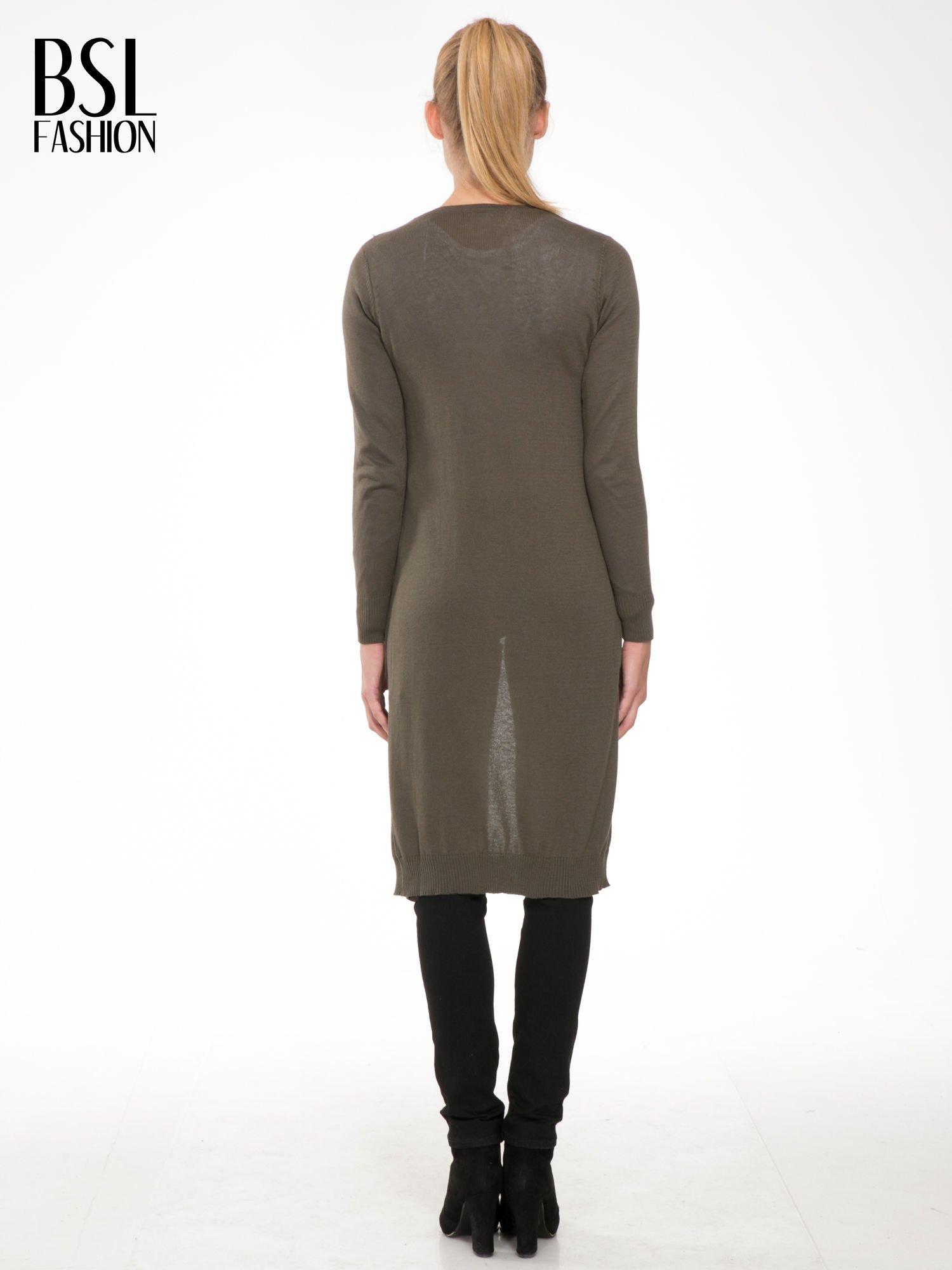 Khaki długi gładki sweter kardigan z kieszeniami                                  zdj.                                  4