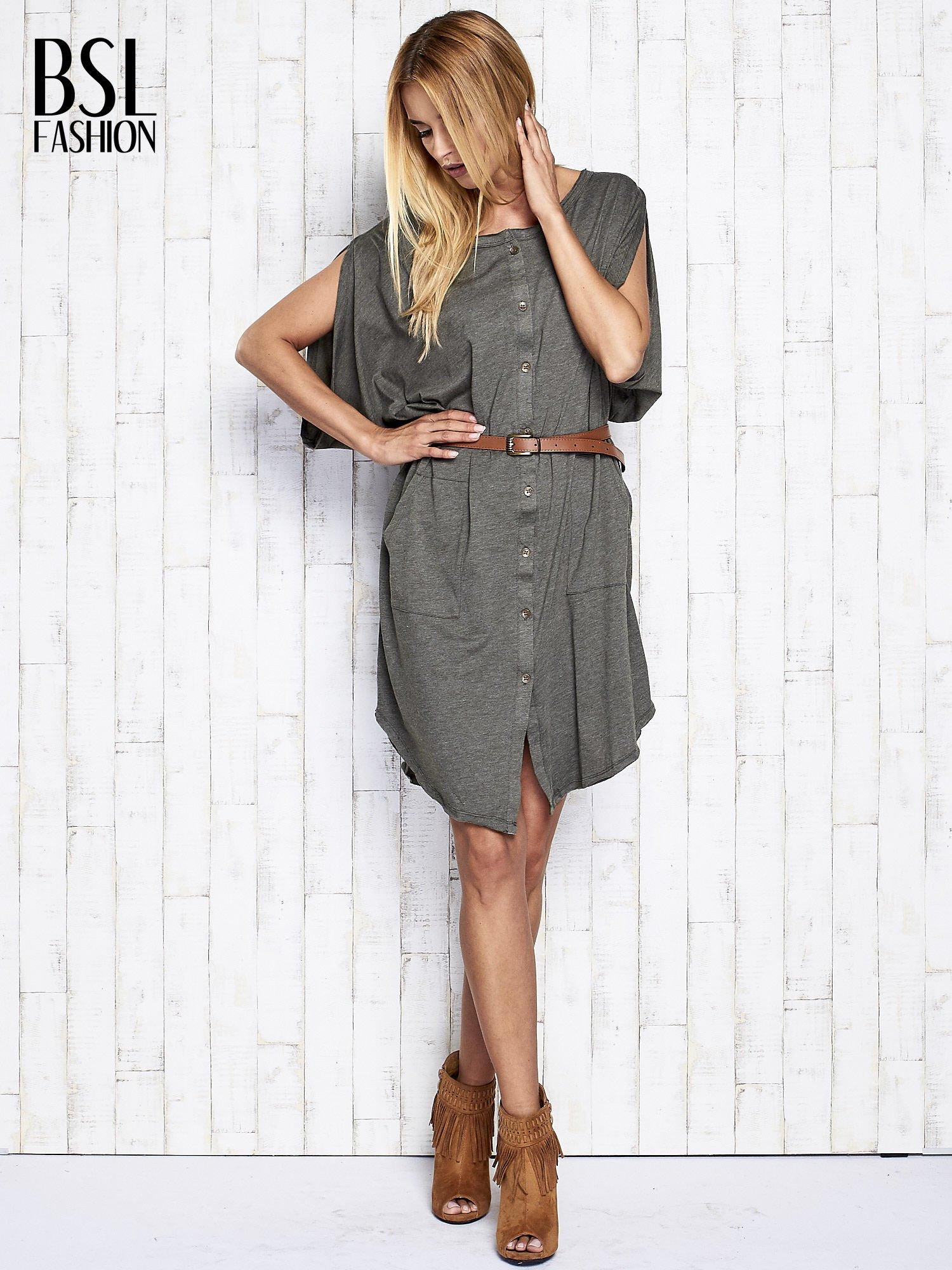 Khaki melanżowa sukienka oversize z guzikami                                  zdj.                                  2
