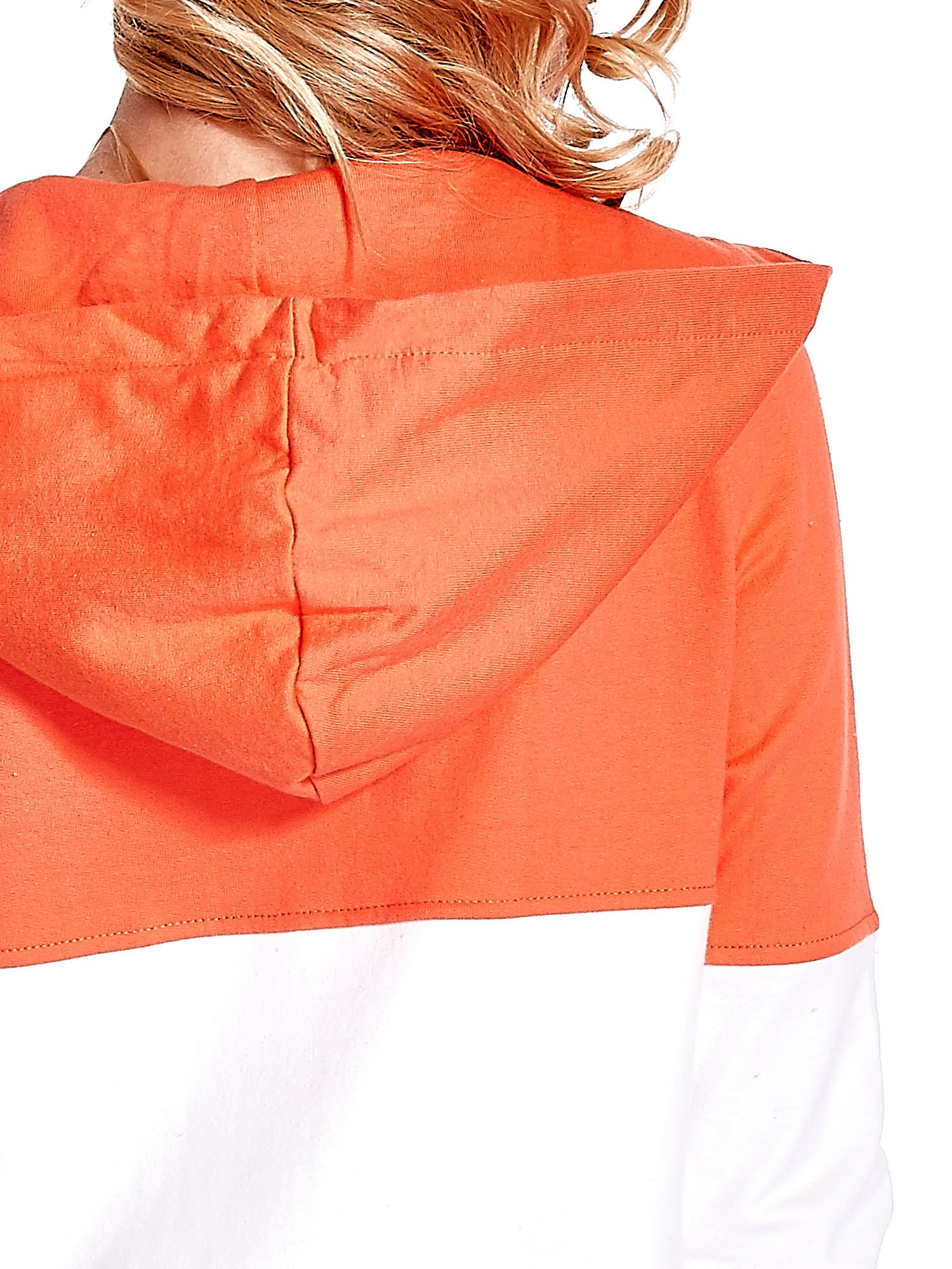 Koralowa bluza w szerokie kolorowe pasy                                  zdj.                                  7