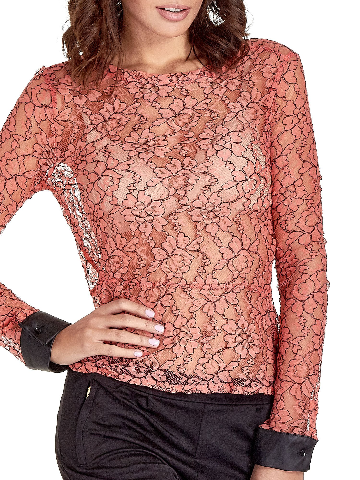 Koralowa bluzka koszulowa z koronki ze skórzanymi mankietami                                  zdj.                                  5