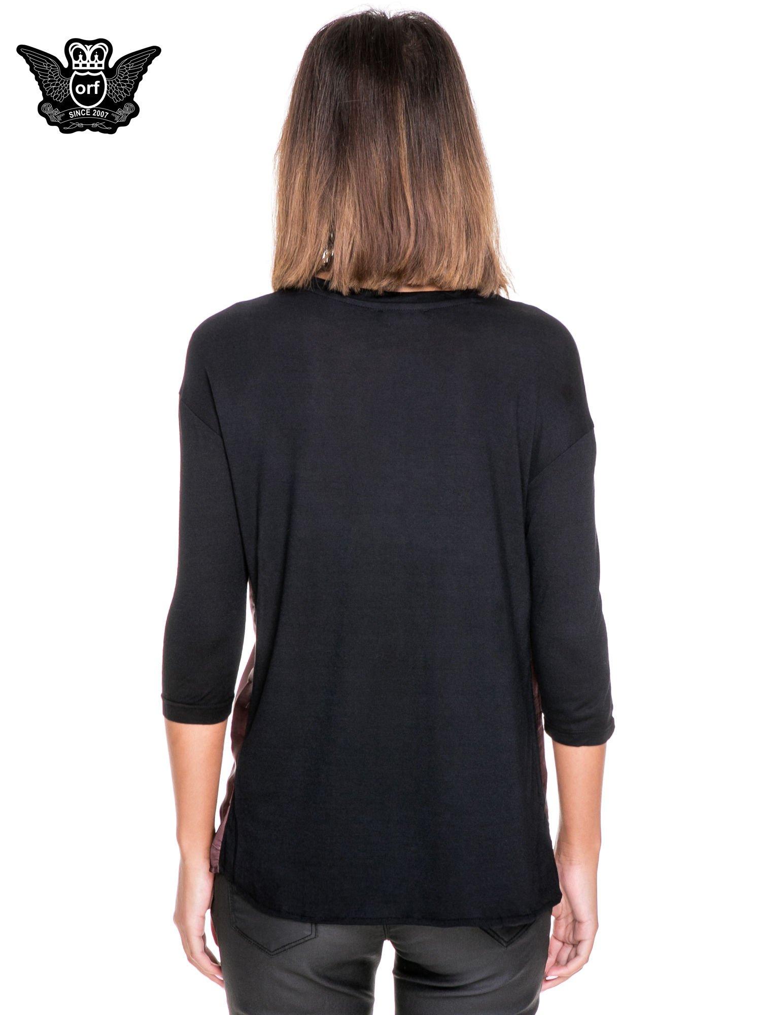 Koszula z satynowym przodem i nadrukiem kobiety                                  zdj.                                  4