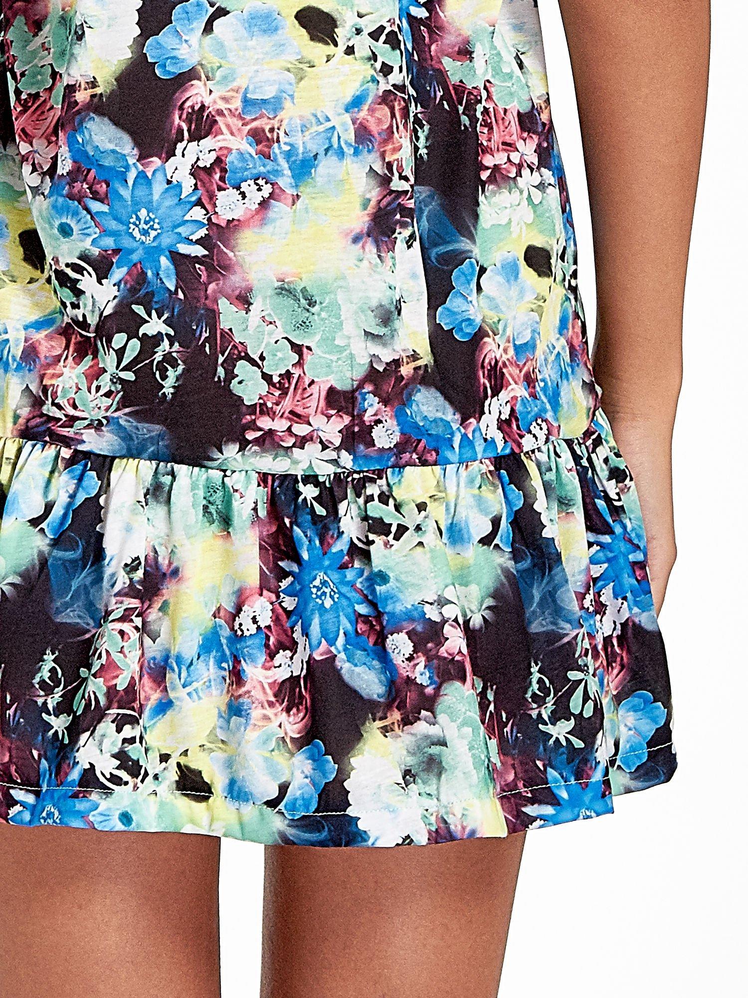 Kwiatowa sukienka z falbaną                                  zdj.                                  7
