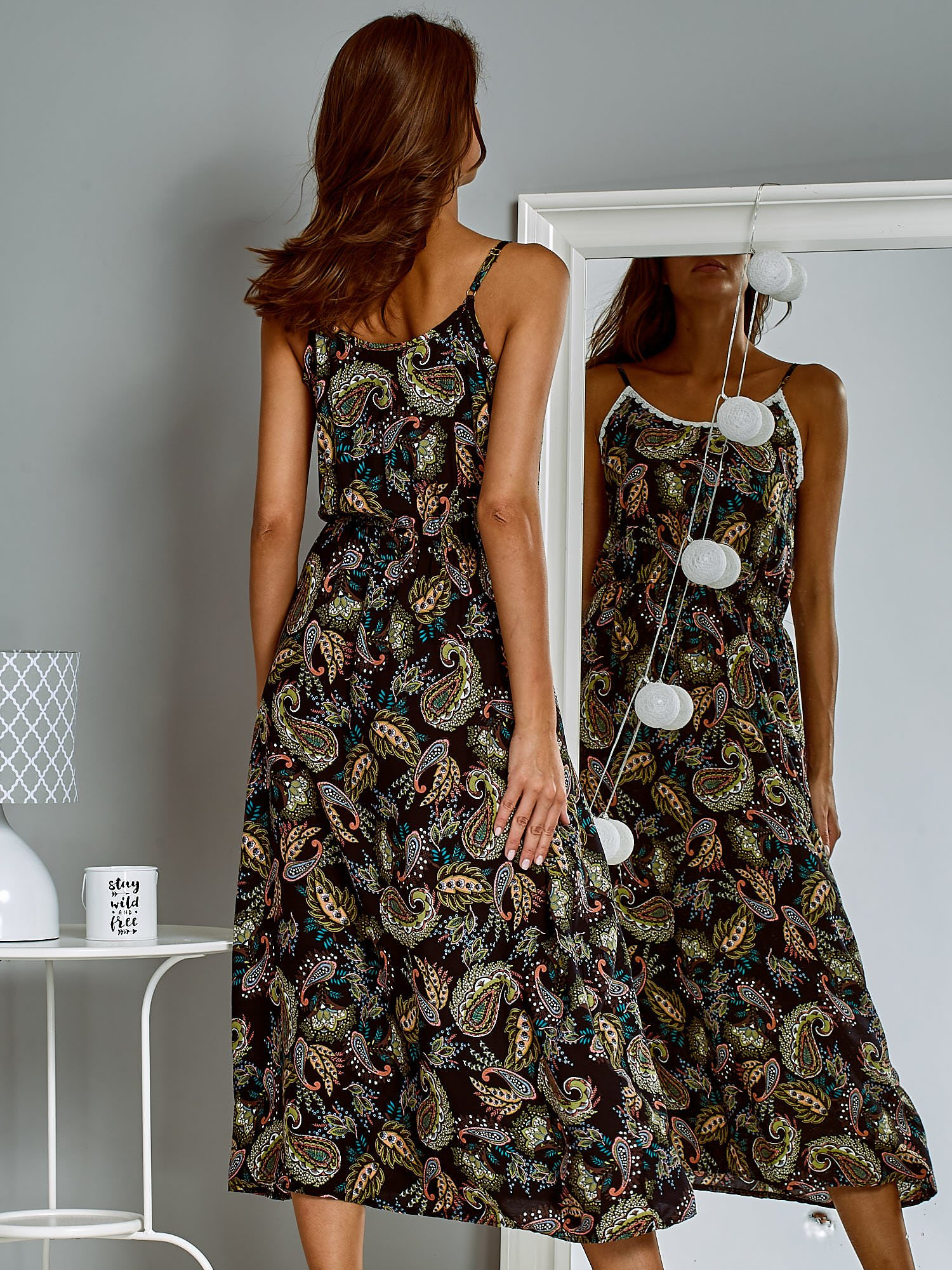 7e943ac7c3 Letnia sukienka maxi z nadrukiem paisley czarna - Sukienka na wesele -  sklep eButik.pl