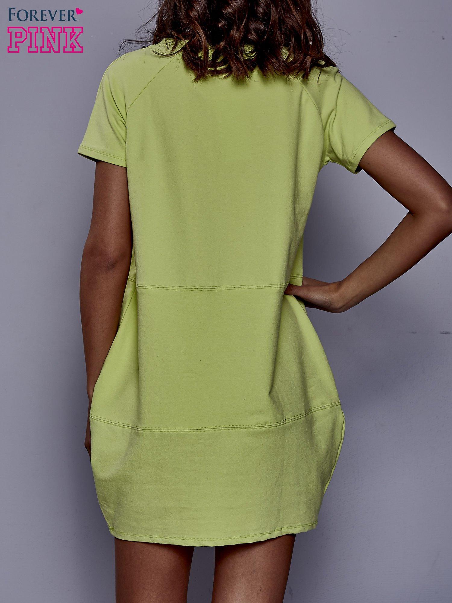 Limonkowa sukienka dresowa z kieszenią z boku                                  zdj.                                  4