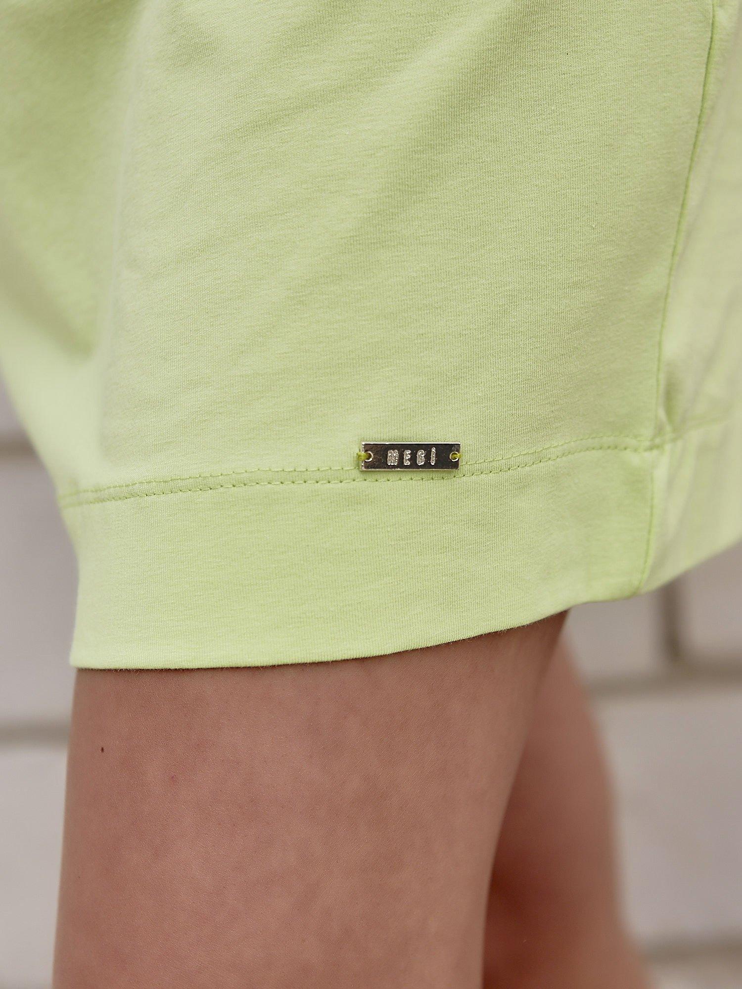 Limonkowa sukienka dresowa z kieszeniami po bokach                                  zdj.                                  5