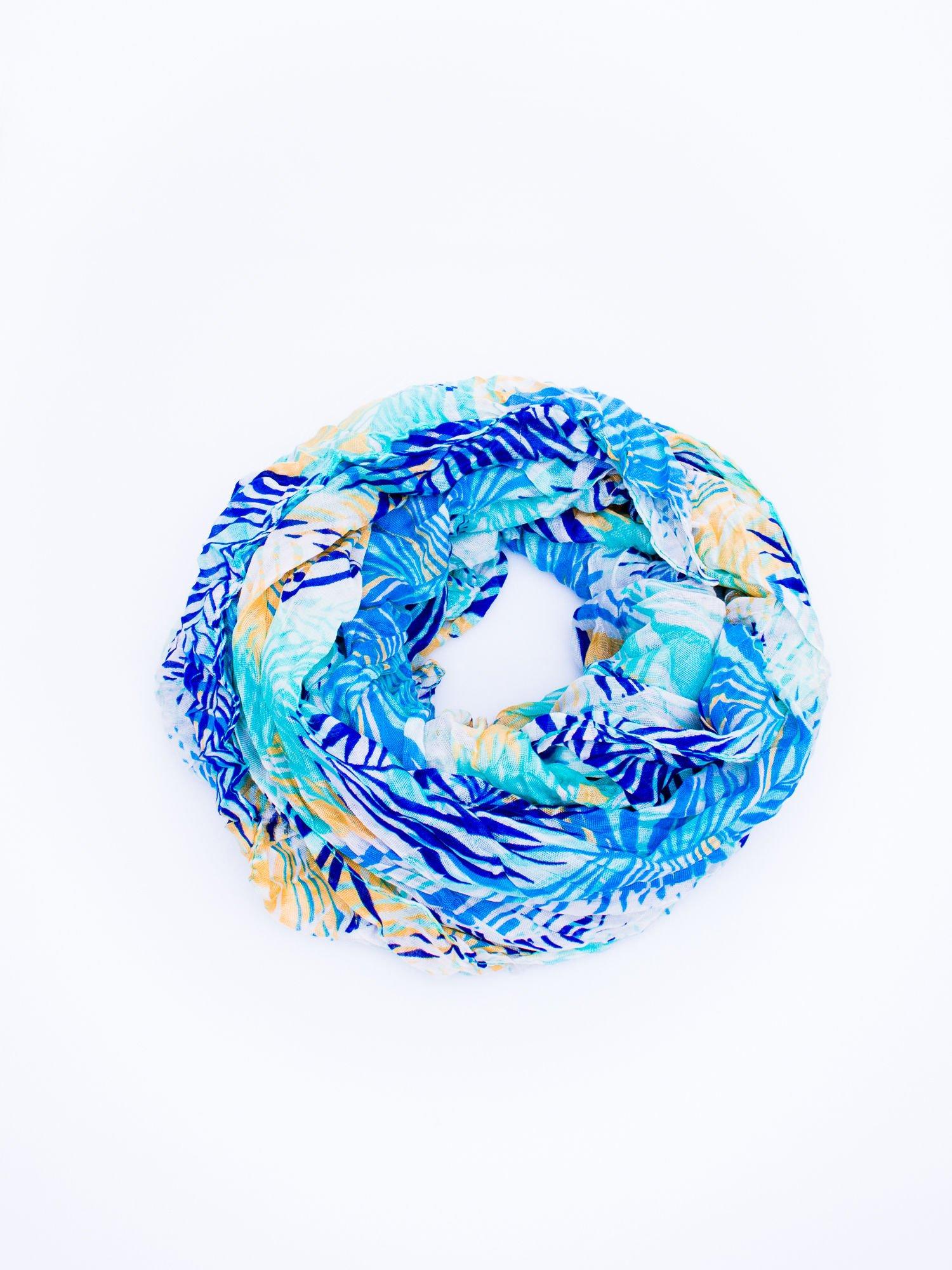 Niebieska chusta we wzór palm                                  zdj.                                  2