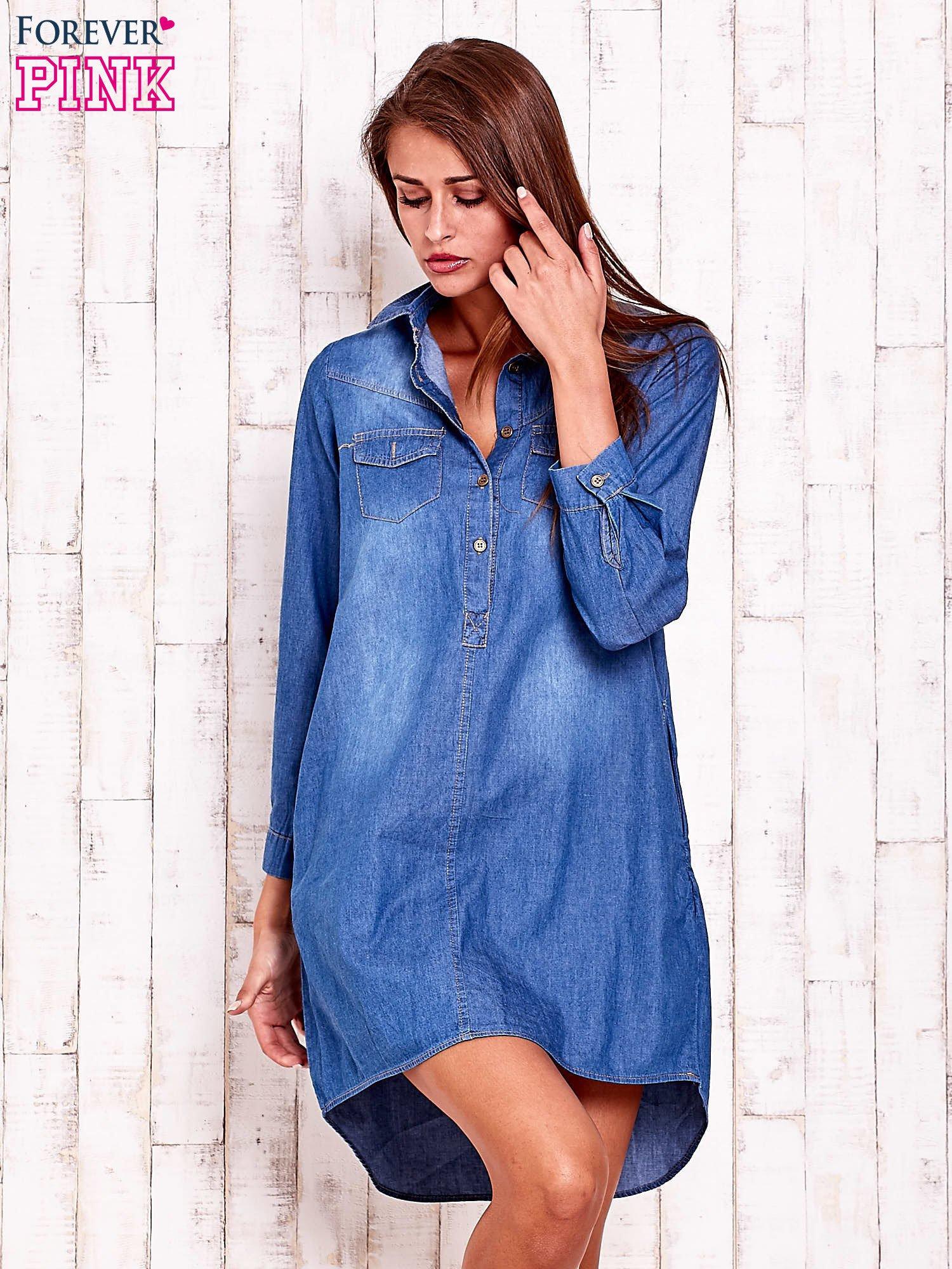 a347ff63d1 Niebieska jeansowa sukienka koszula z dłuższym tyłem - Koszula ...
