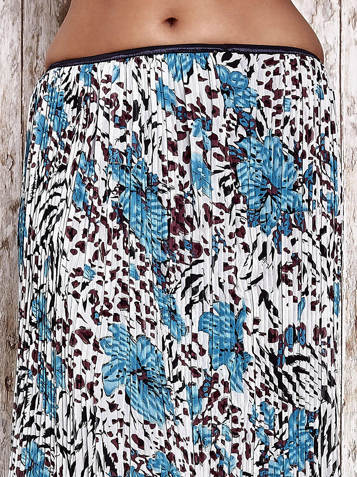 Niebieska plisowana spódnica midi z brokatem                                  zdj.                                  4