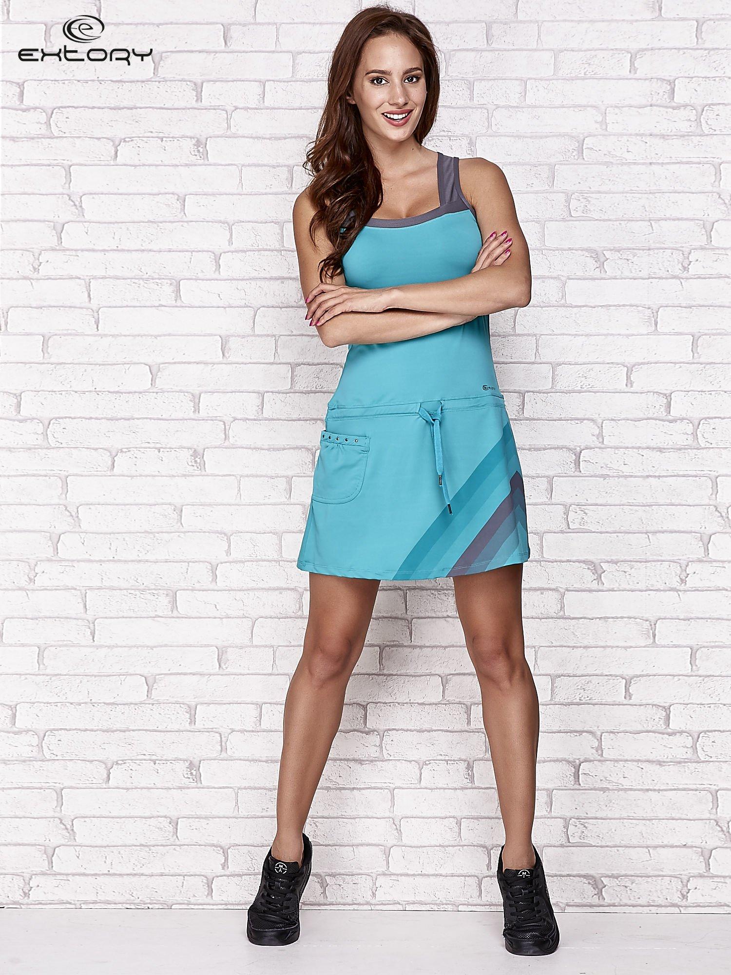 Niebieska sukienka sportowa z szarymi wstawkami                                  zdj.                                  4