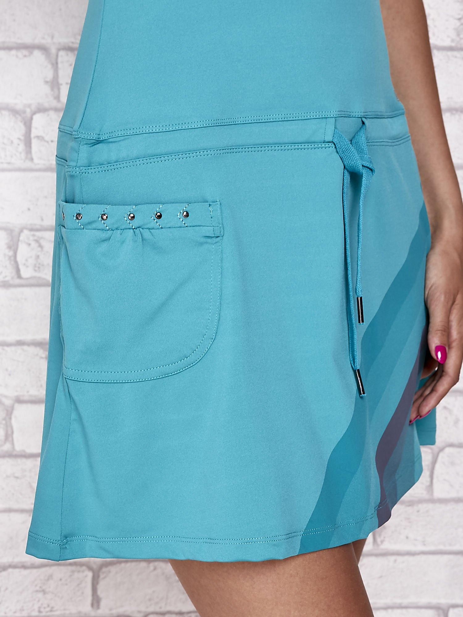 Niebieska sukienka sportowa z szarymi wstawkami                                  zdj.                                  6
