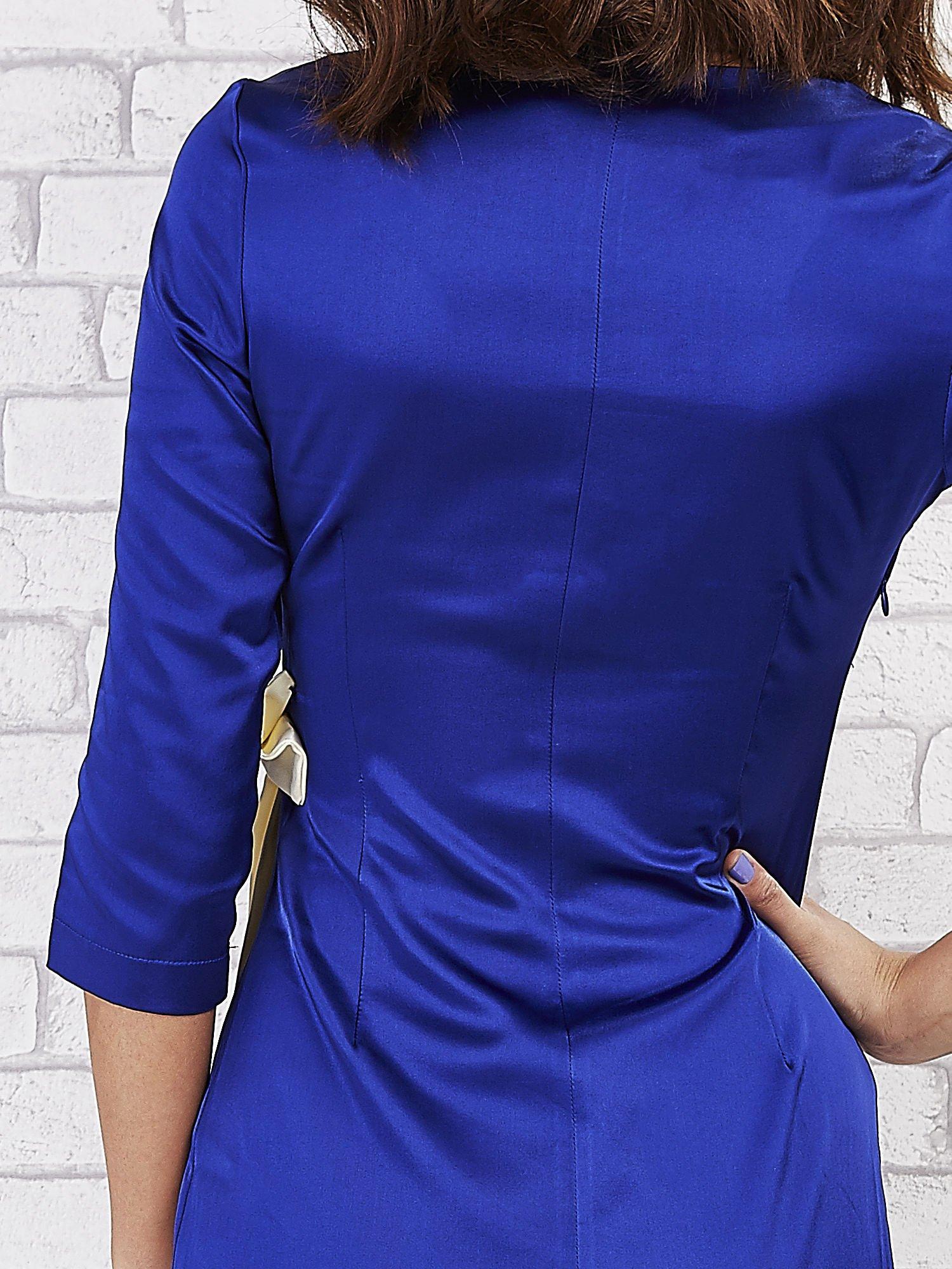 Niebieska sukienka z białą kokardą                                   zdj.                                  6