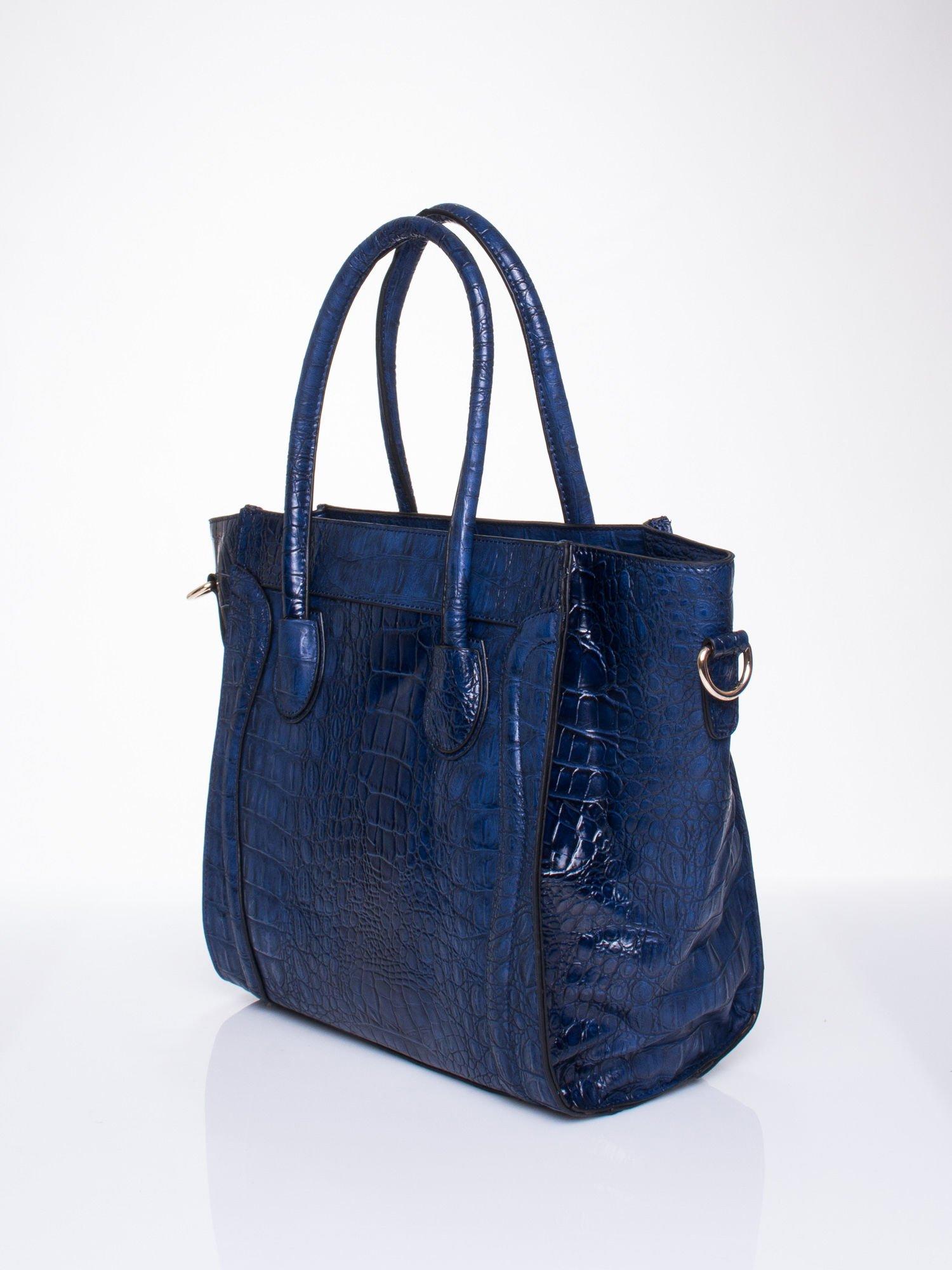 Niebieska trapezowa torba miejska z efektem skóry krokodyla                                  zdj.                                  3