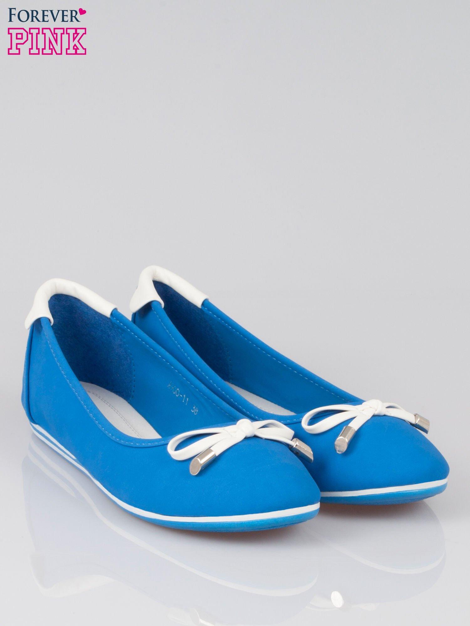 Niebieskie baleriny Blue Sky z białą kokardką                                  zdj.                                  2