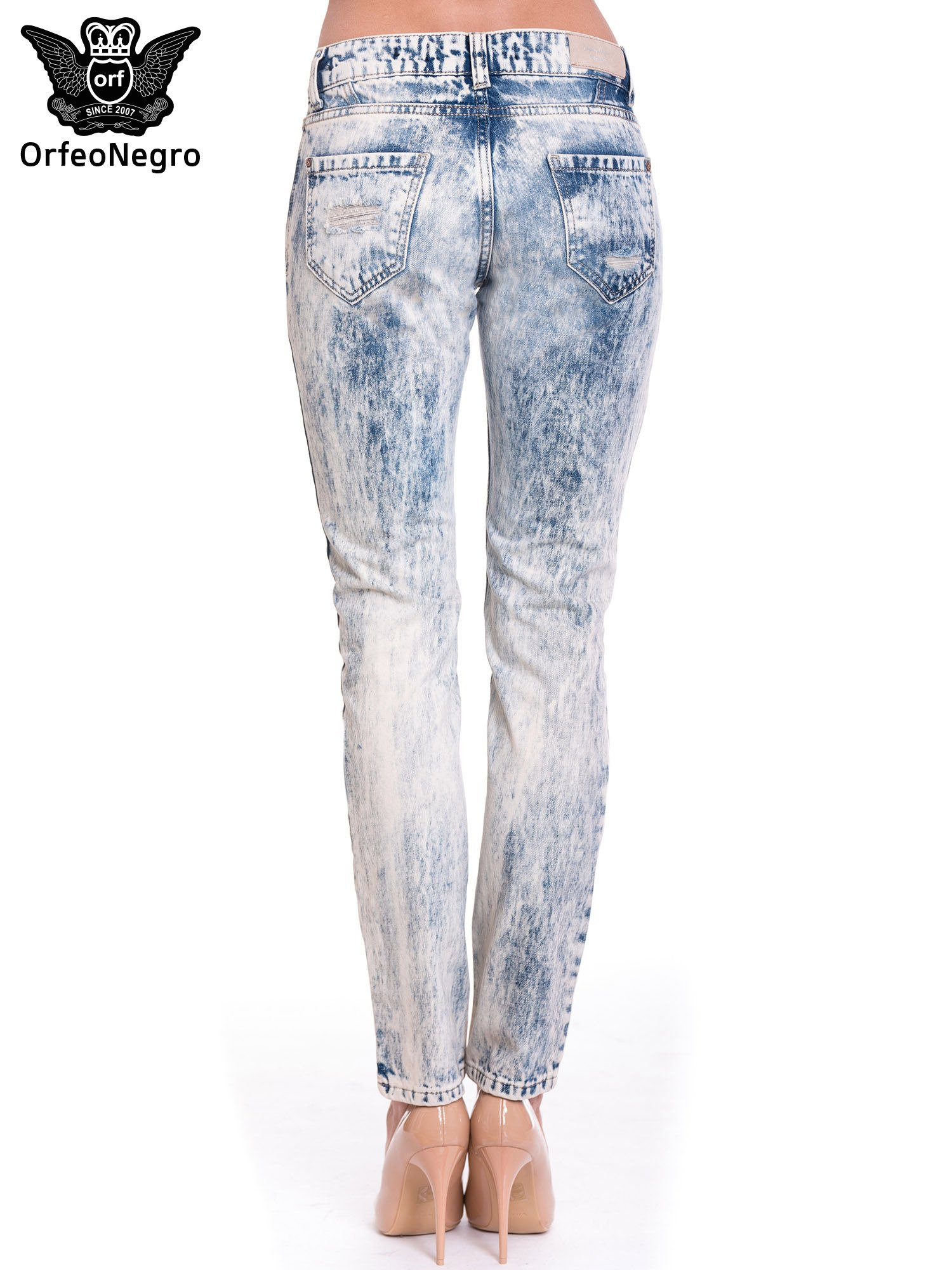 Niebieskie dekatyzowane spodnie trash jeans                                  zdj.                                  5